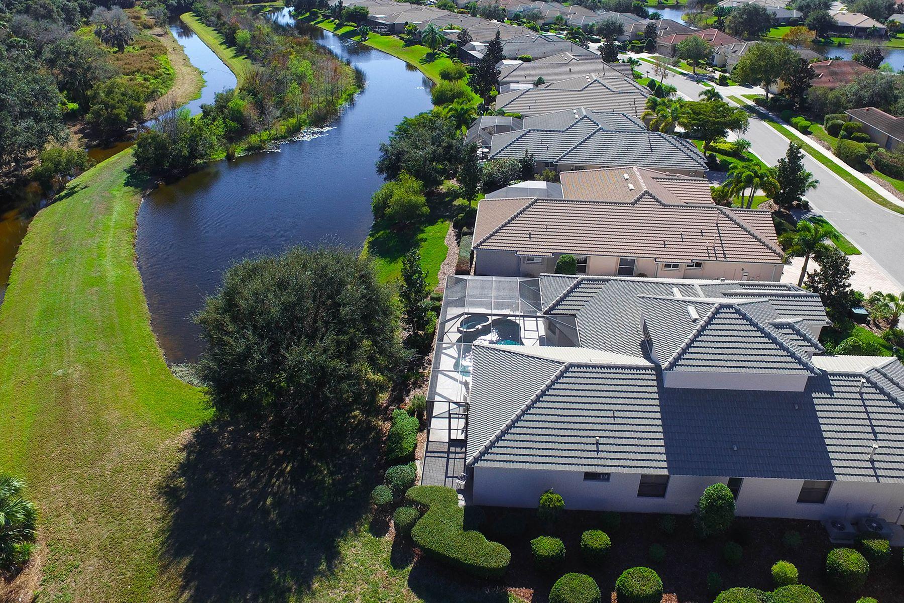 Casa para uma família para Venda às WILLOWBEND 680 Crane Prairie Way Osprey, Florida, 34229 Estados Unidos