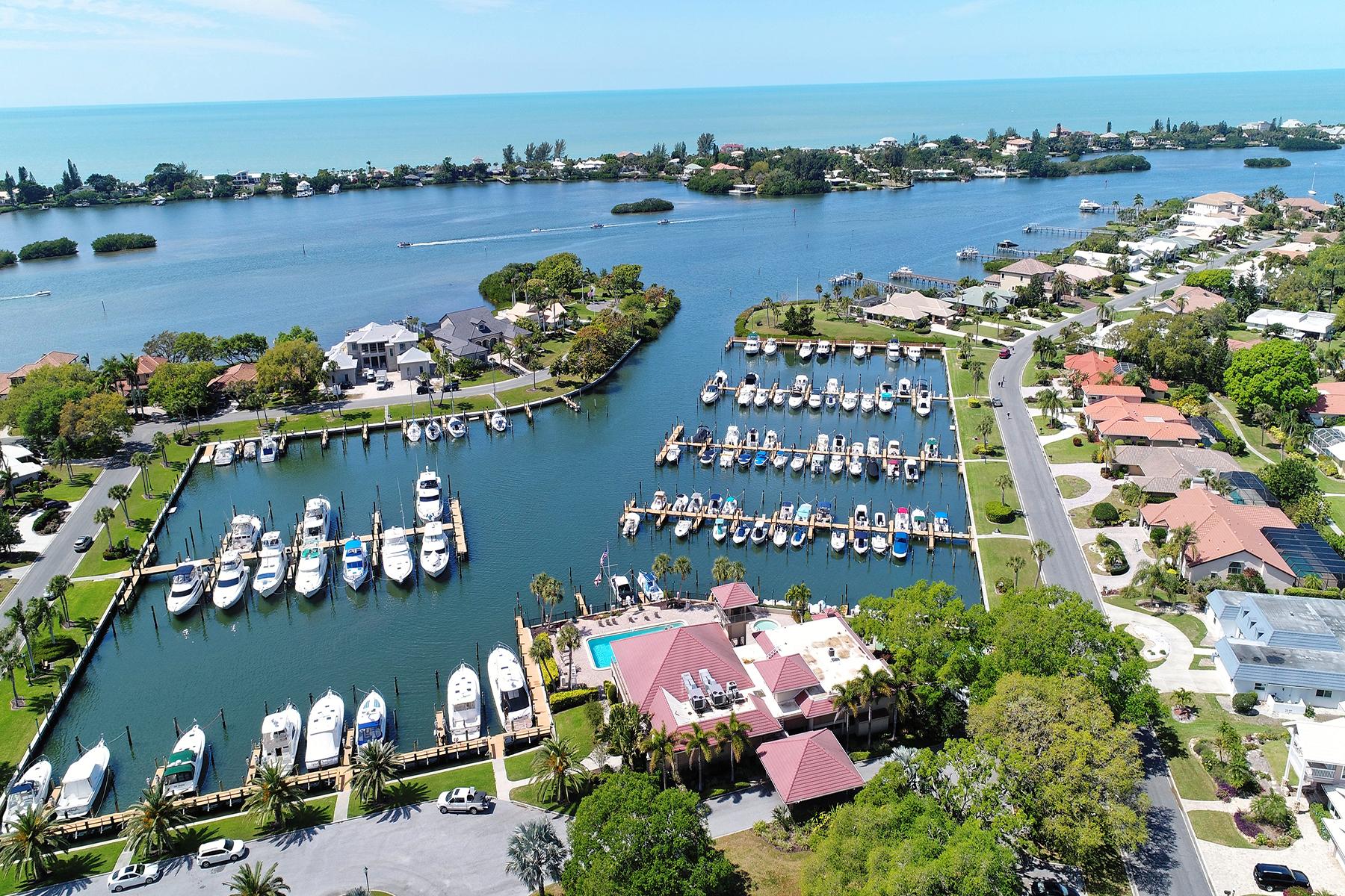 獨棟家庭住宅 為 出售 在 SOUTHBAY YACHT AND RACQUET CLUB 1450 Landview Ln, Osprey, 佛羅里達州, 34229 美國