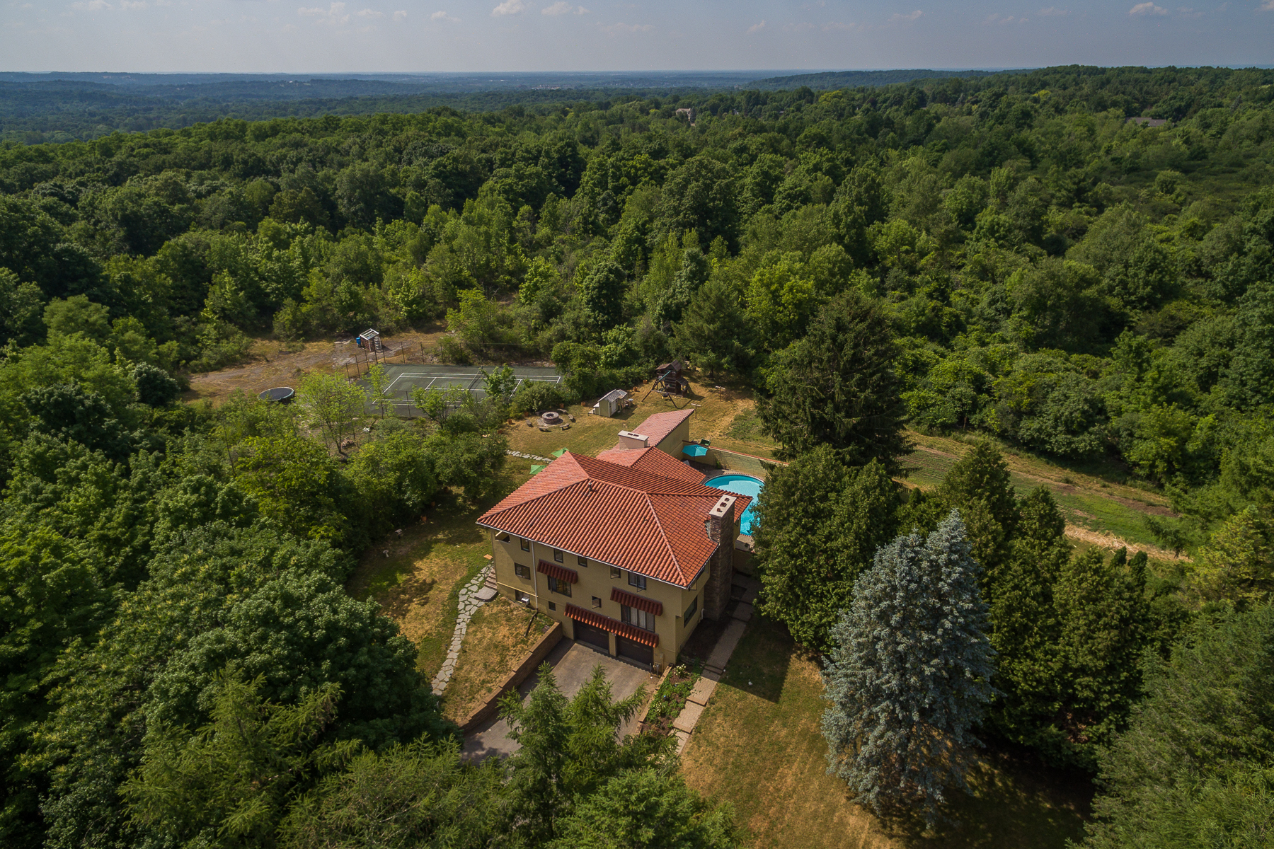 Additional photo for property listing at Private Manlius Retreat 4897  Duguid Rd Manlius, Нью-Йорк 13104 Соединенные Штаты