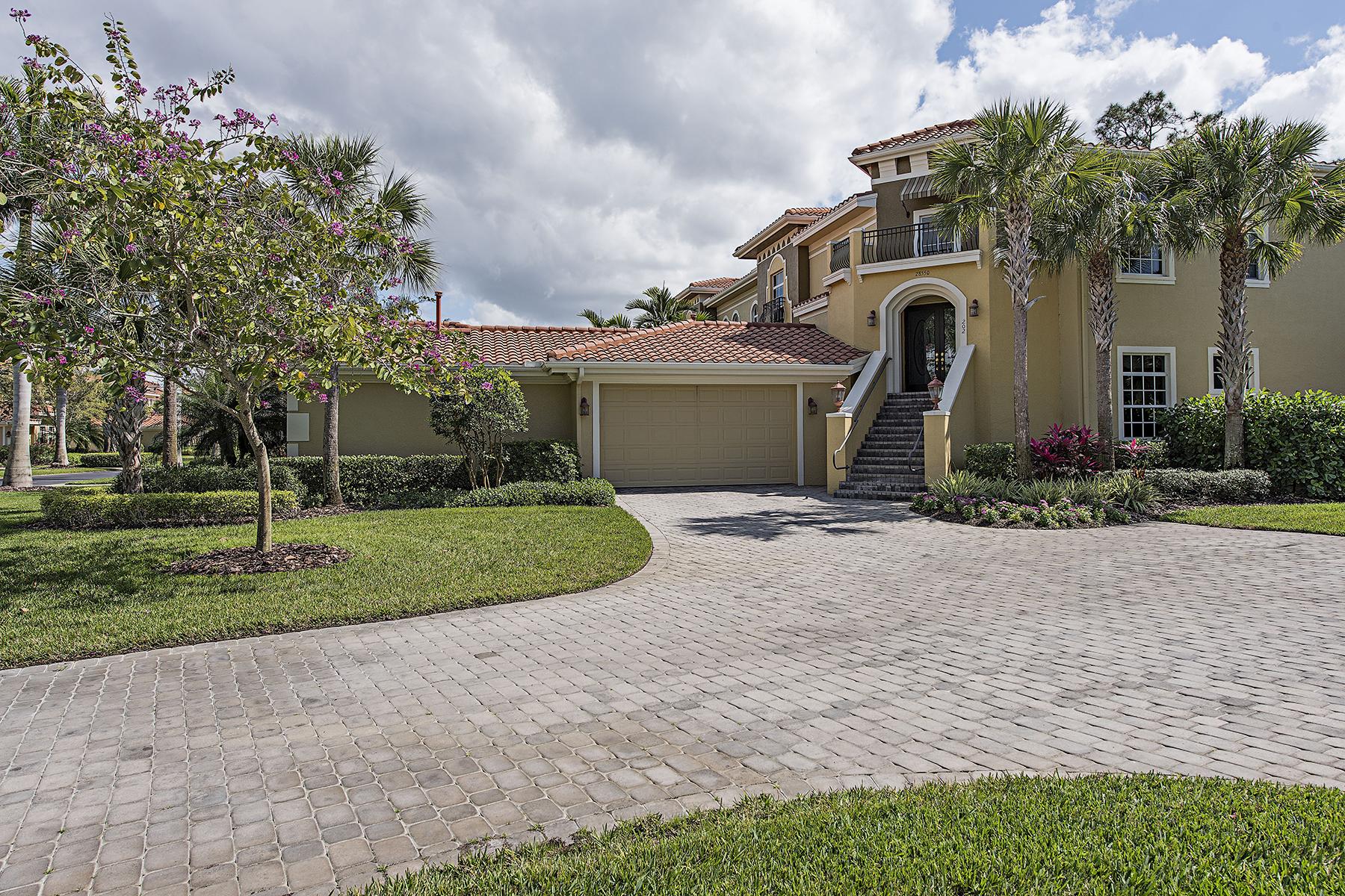 Kat Mülkiyeti için Satış at Naples 28550 Calabria Ct 202 Naples, Florida, 34110 Amerika Birleşik Devletleri
