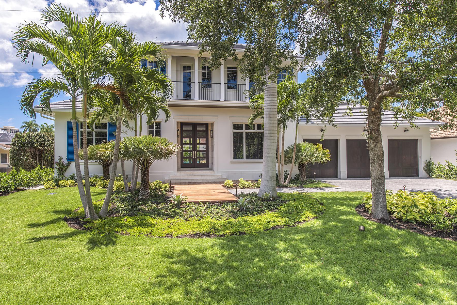 Nhà ở một gia đình vì Bán tại Seagate 5139 Sand Dollar Ln Naples, Florida, 34103 Hoa Kỳ