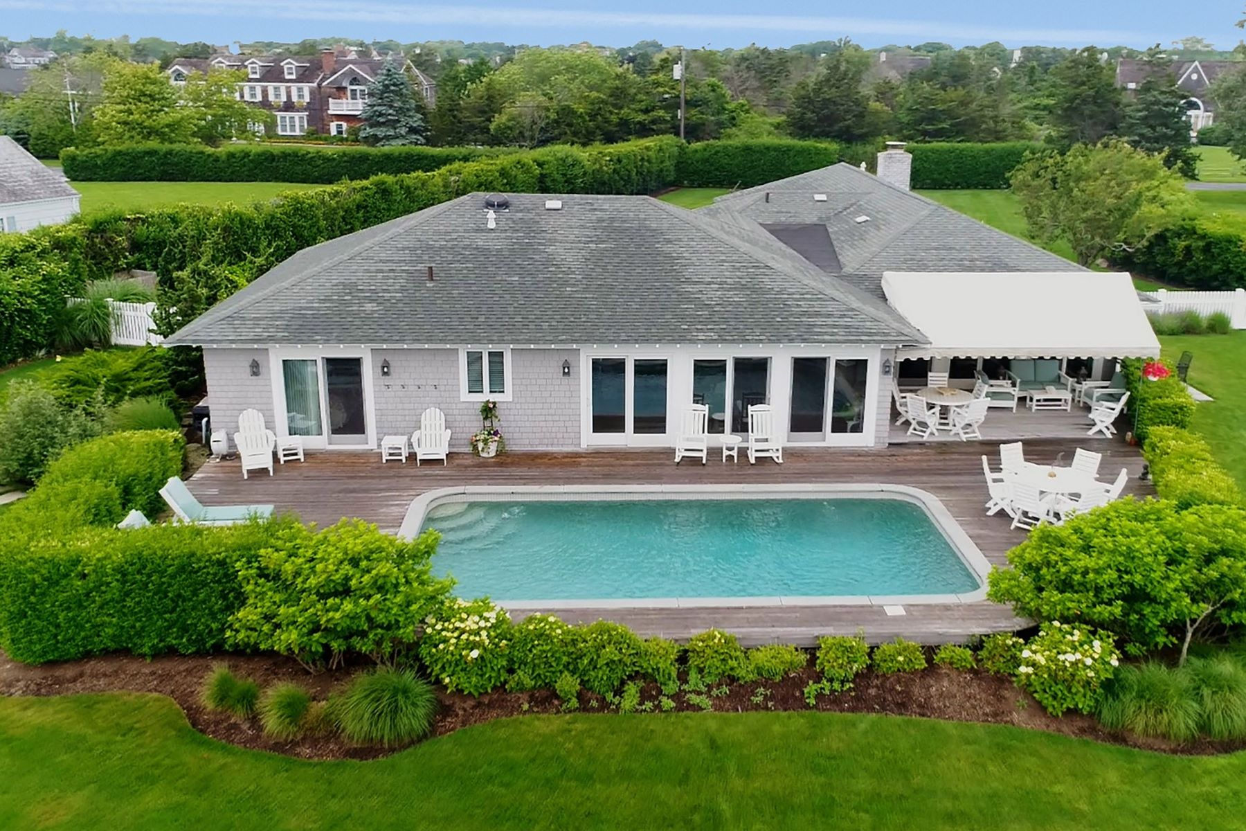 Single Family Home for Sale at 29 E Ogden Ln , Quogue, NY 11959 Quogue, New York, 11959 United States