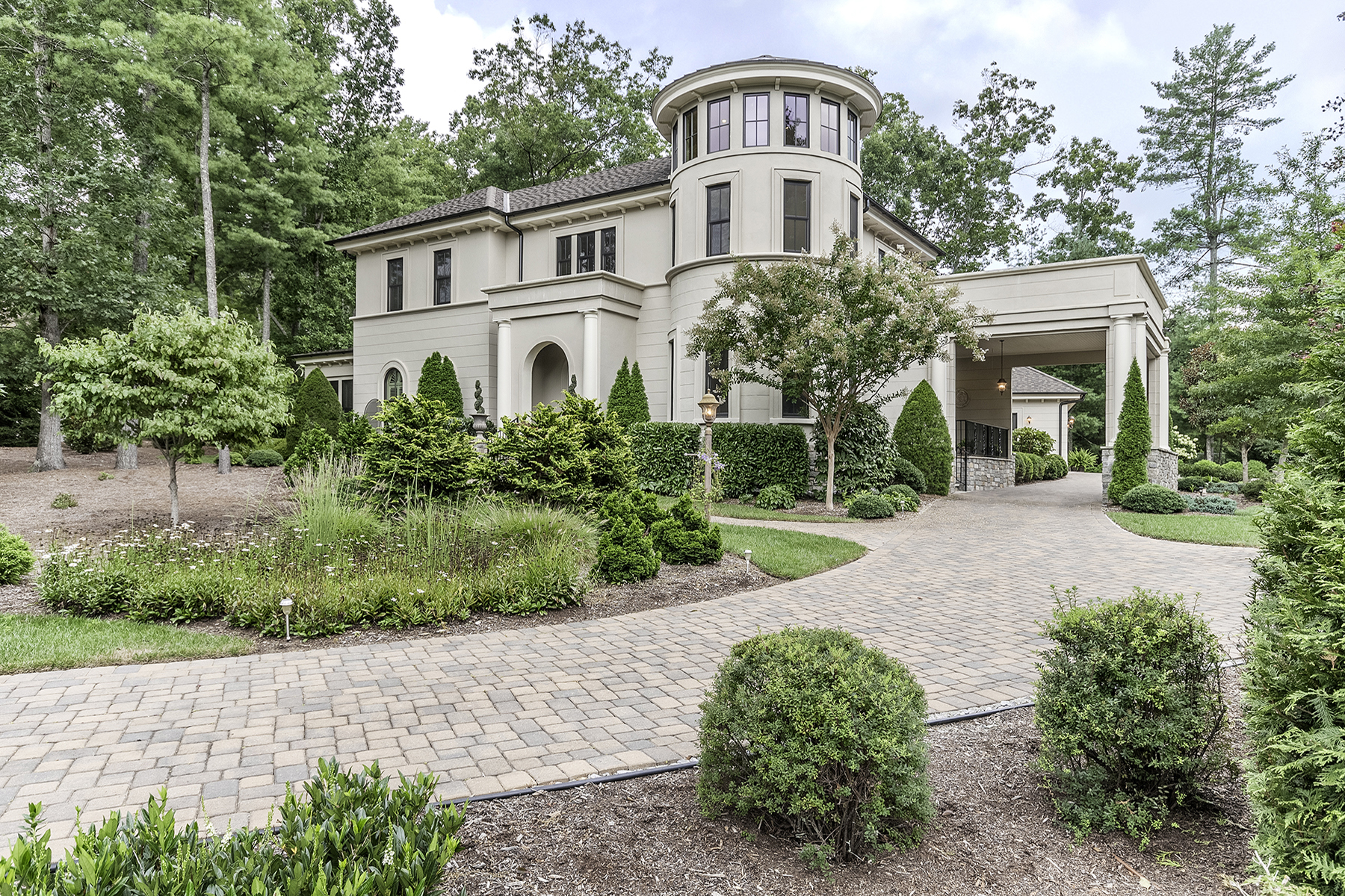 Single Family Home for Sale at RAMBLE BILTMORE FOREST 45 Chauncey Cir Asheville, North Carolina, 28803 United States