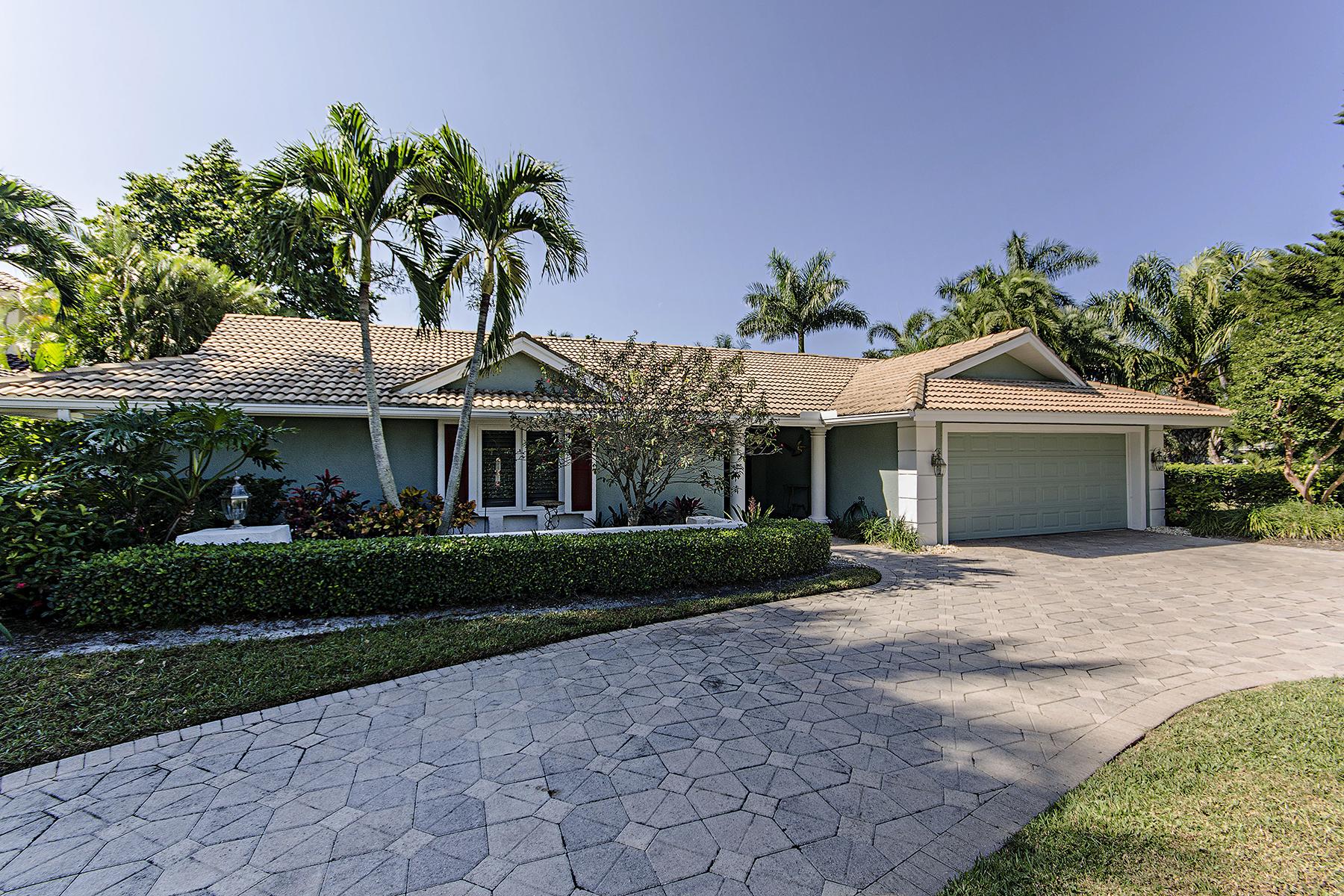 Частный односемейный дом для того Продажа на Naples 4131 Belair Ln Naples, Флорида, 34103 Соединенные Штаты