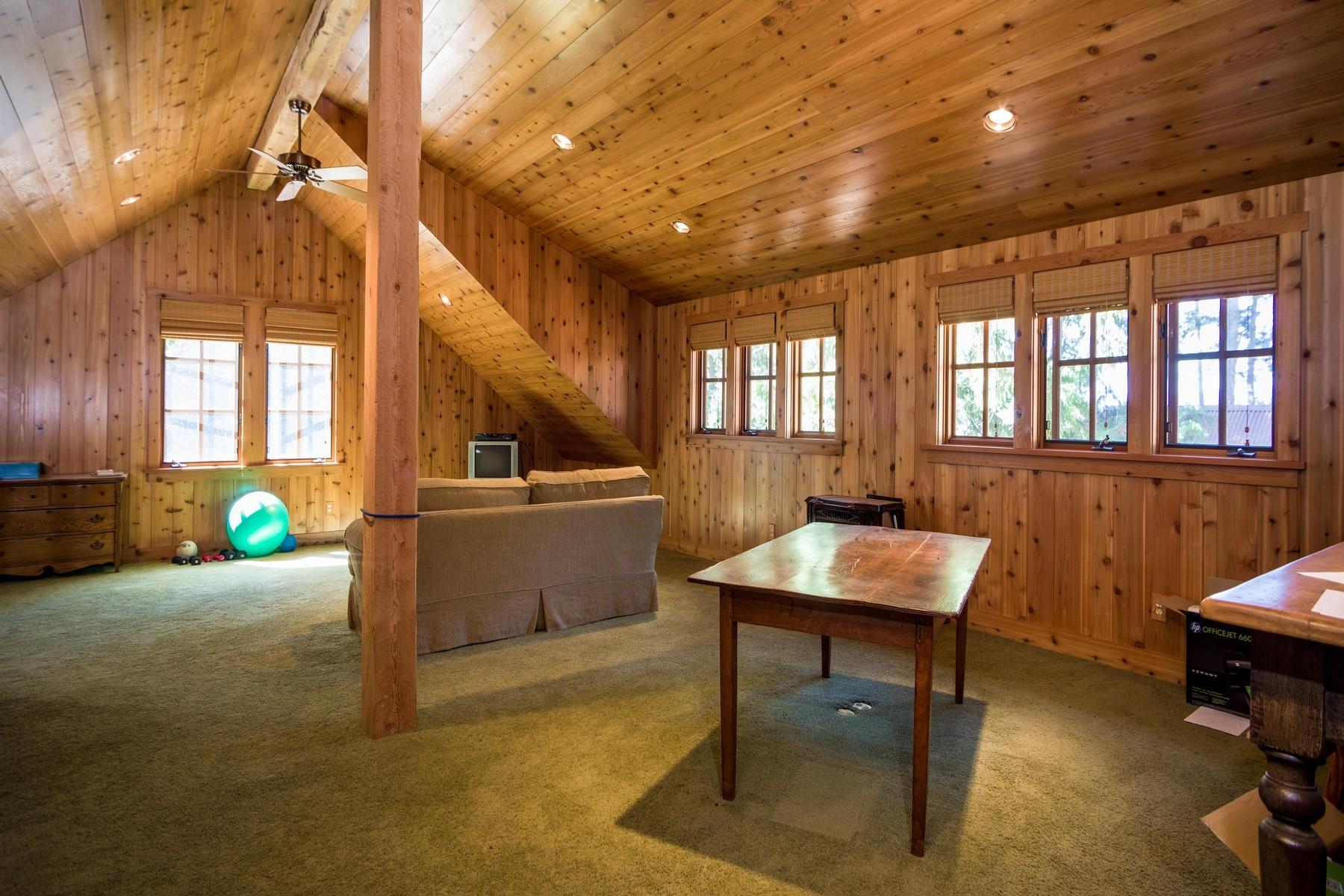 Additional photo for property listing at 13697 Sylvan Drive, Bigfork, MT 59911 13697  Sylvan Dr Bigfork, Montana 59911 United States