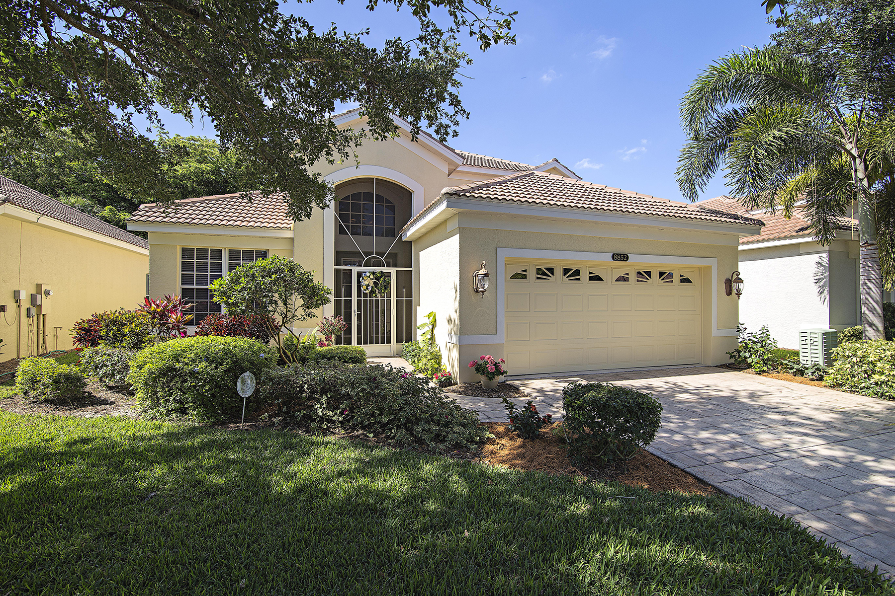 Single Family Home for Rent at PELICAN MARSH - VENTURA 8852 Ventura Way Naples, Florida 34109 United States