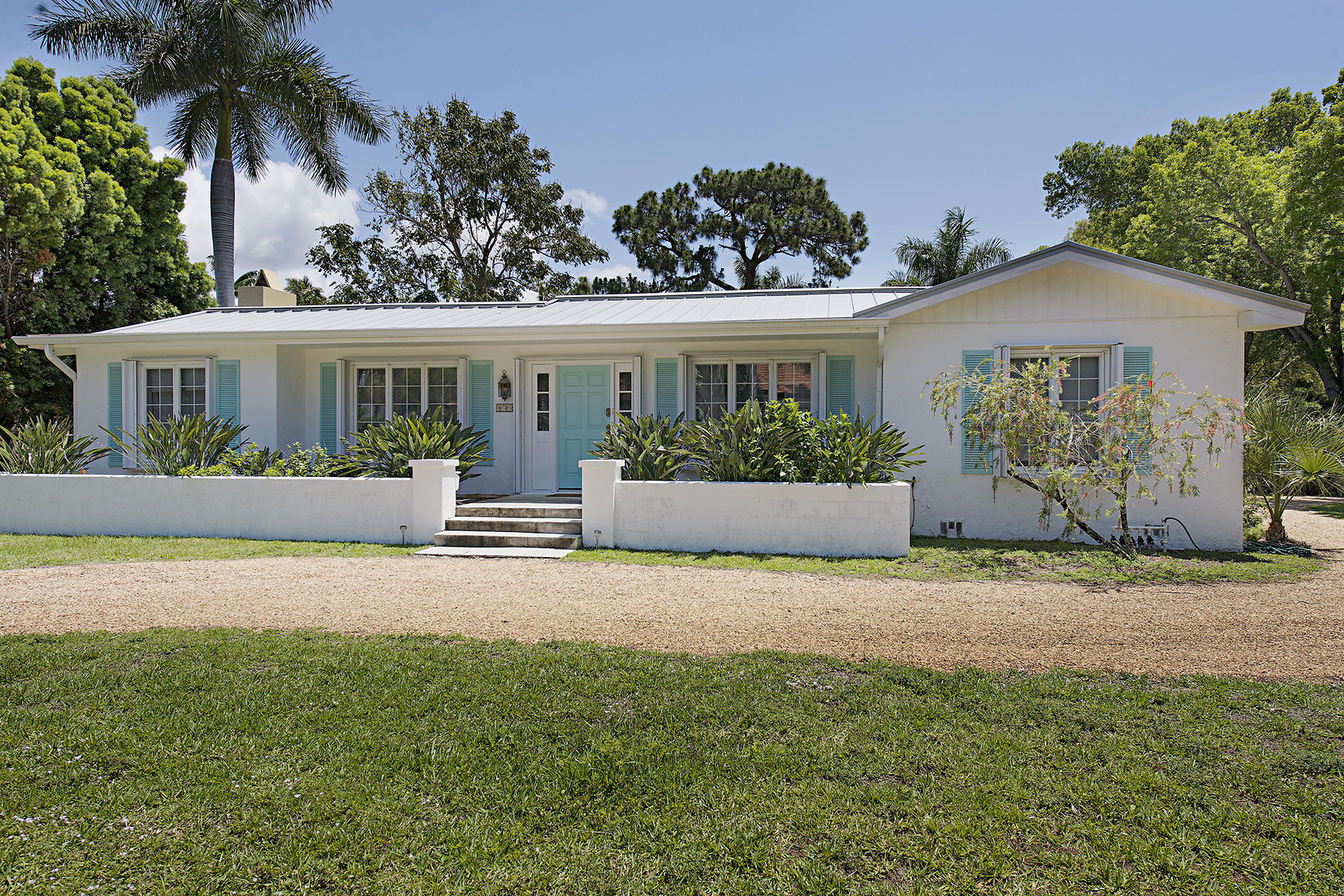 Single Family Home for Rent at OLD NAPLES - OLD NAPLES 116 3rd St N, Naples, Florida 34102 United States