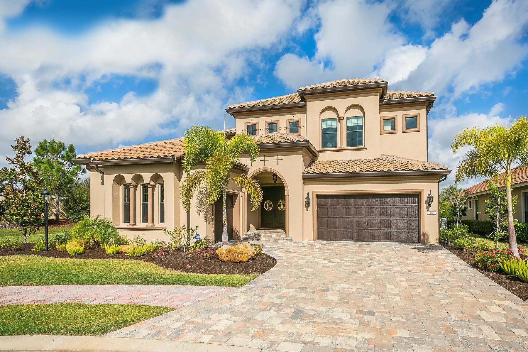 独户住宅 为 销售 在 LAKEWOOD RANCH COUNTRY CLUB EAST 14207 Woodhall Pl 布雷登顿, 佛罗里达州, 34202 美国