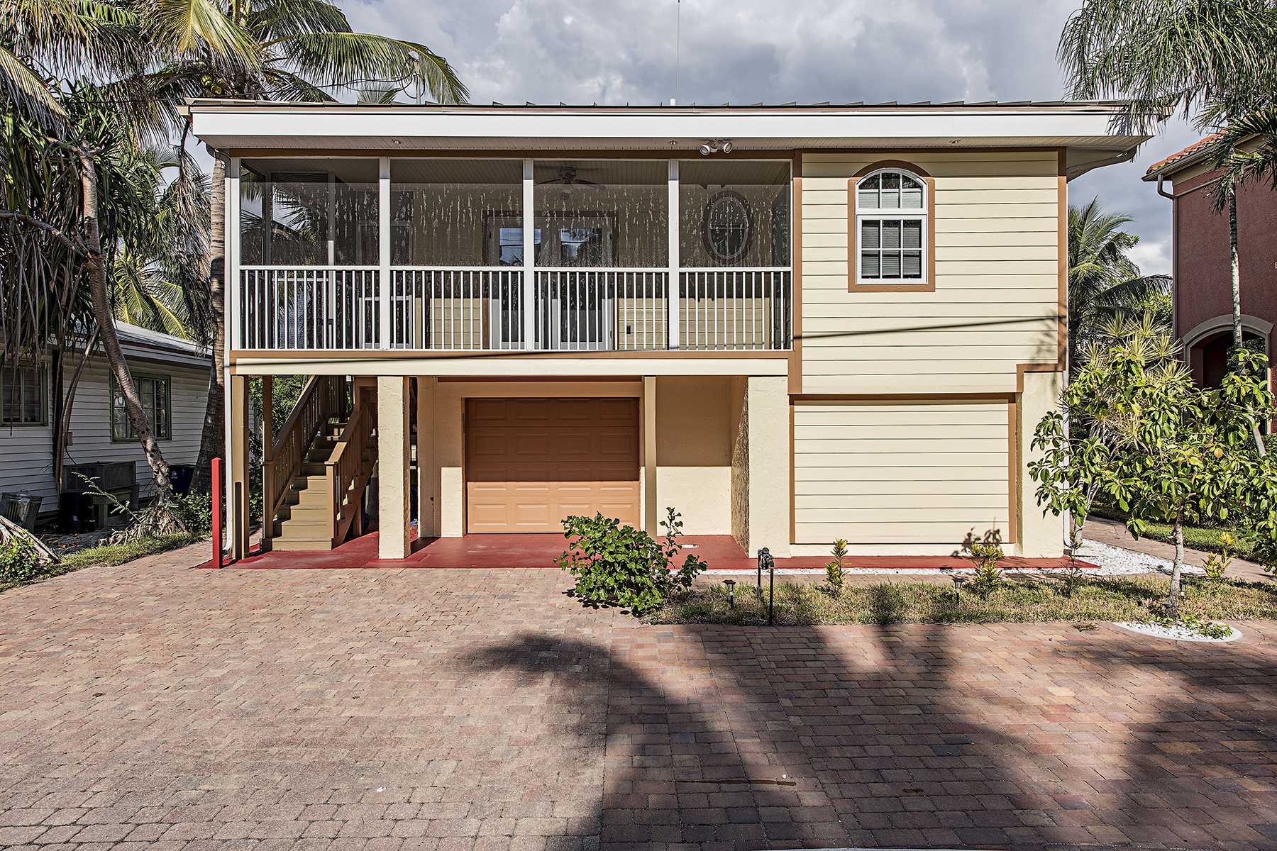 Villa per Vendita alle ore Bonita Springs 26867 Hickory Blvd Bonita Springs, Florida, 34134 Stati Uniti