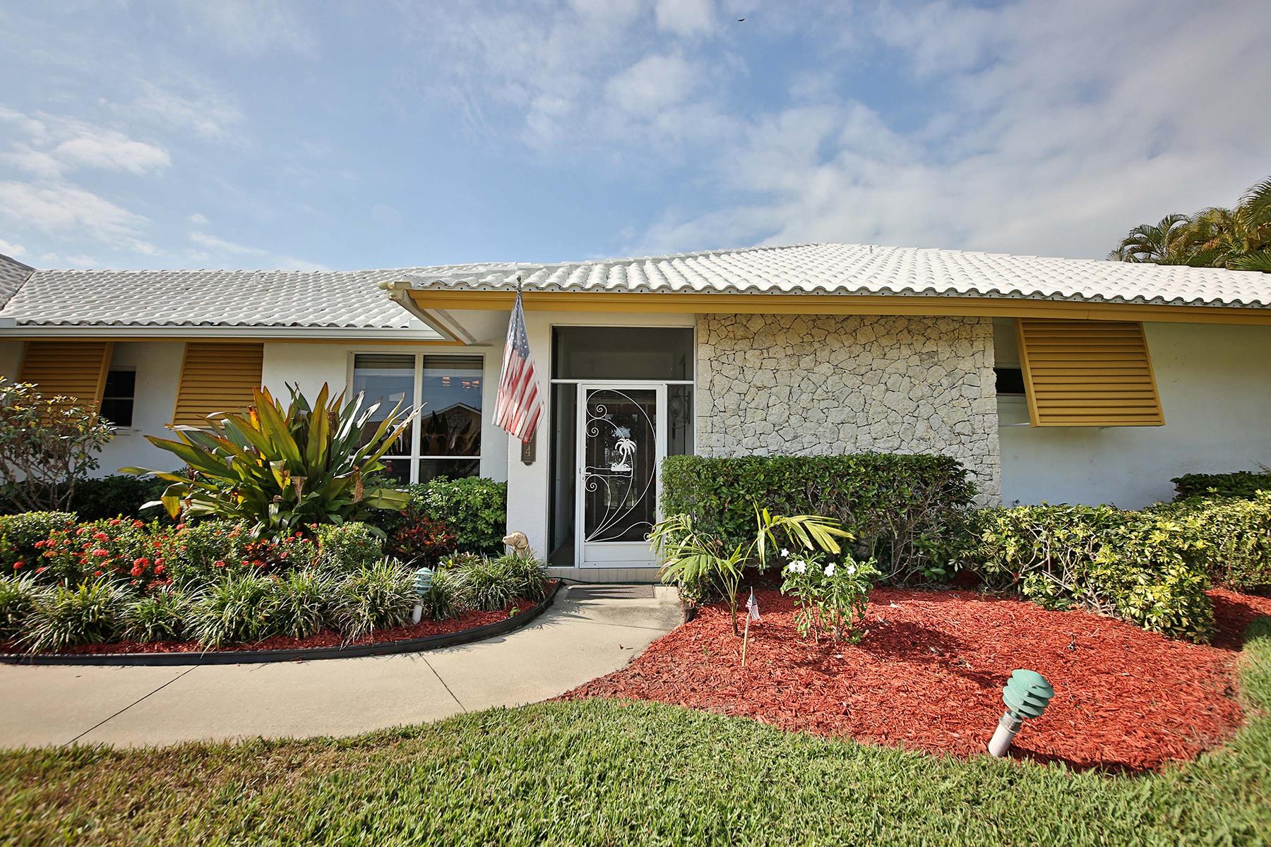 獨棟家庭住宅 為 出售 在 MARCO BEACH - MARCO ISLAND 184 Dan River Ct Marco Island, 佛羅里達州, 34145 美國