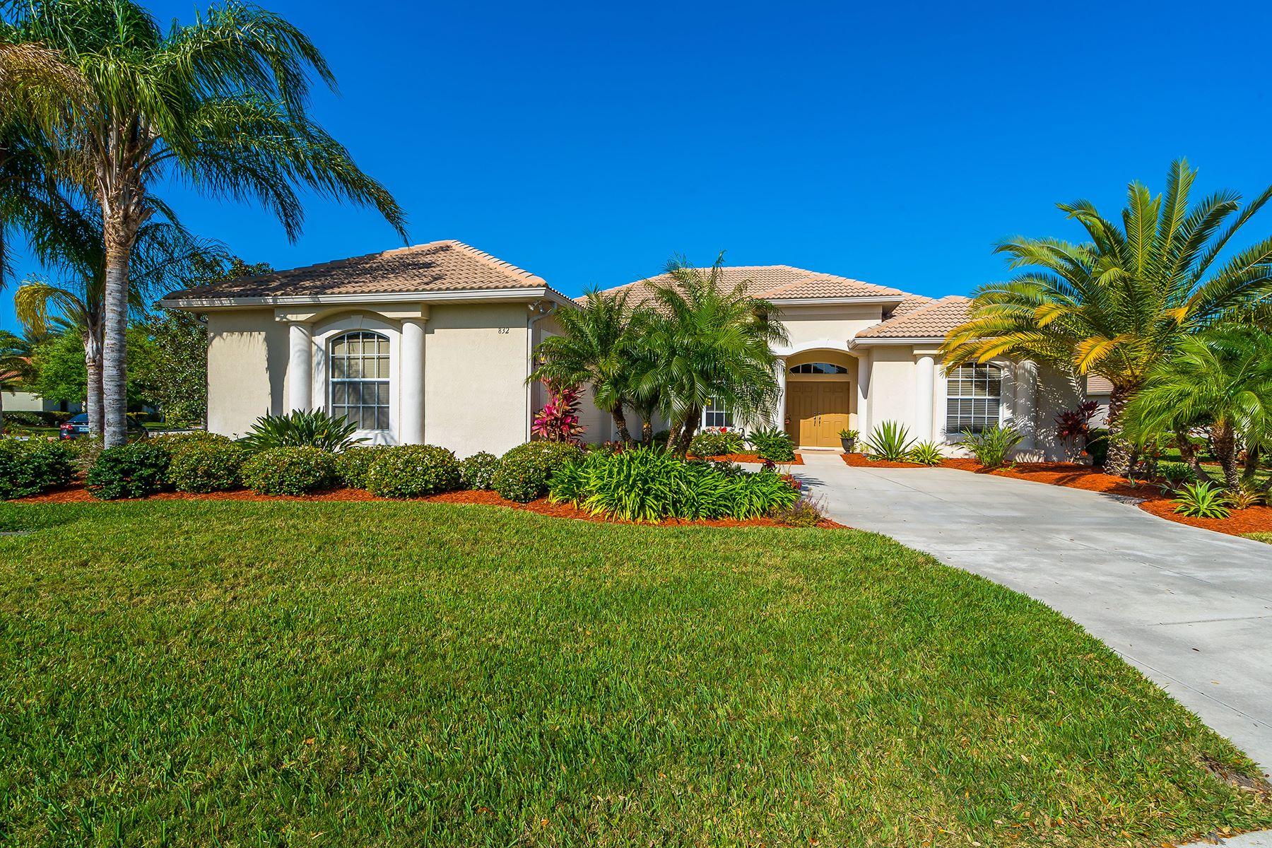 独户住宅 为 销售 在 PELICAN POINTE 832 Amaryllis Ln 威尼斯, 佛罗里达州, 34292 美国