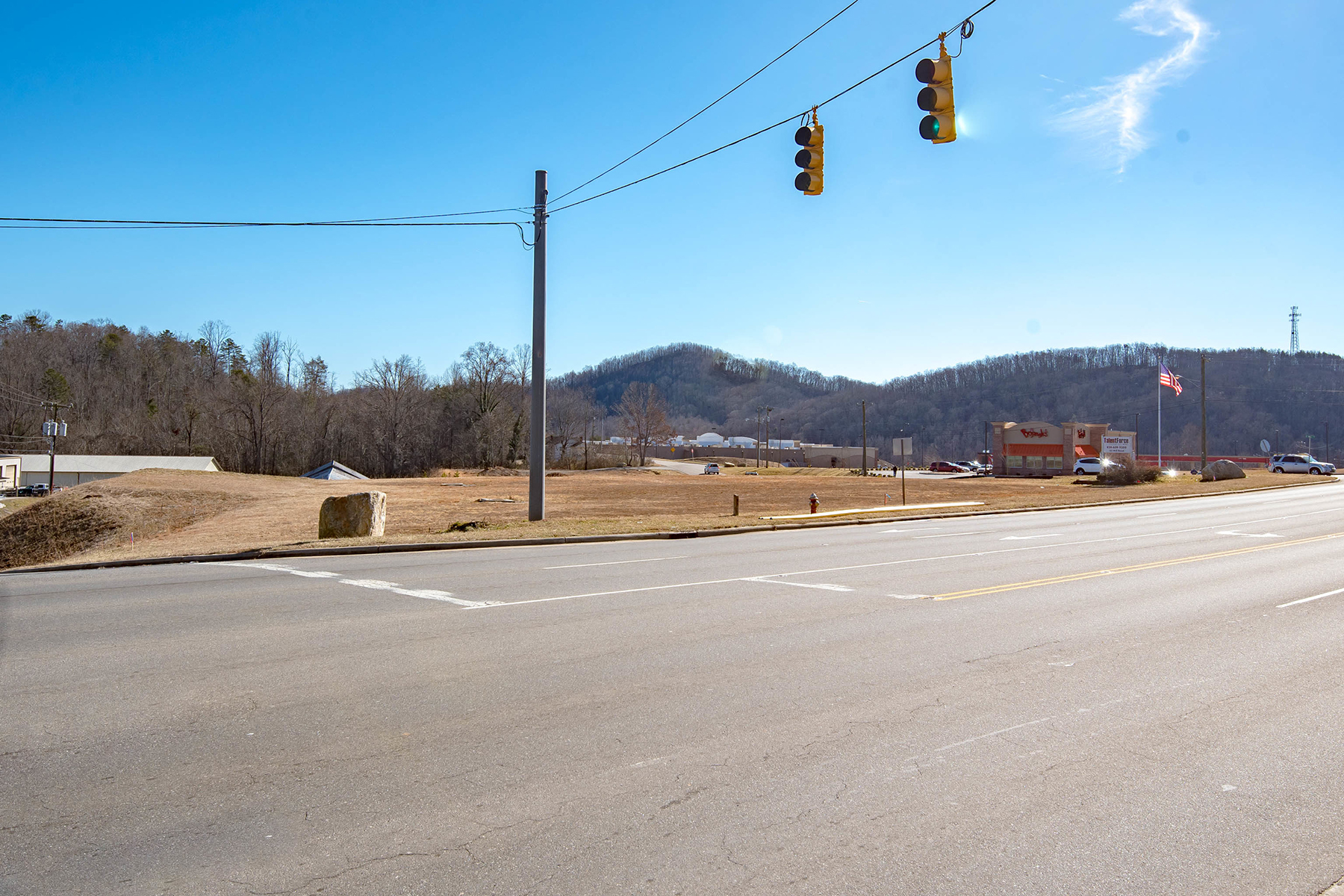 Commercial للـ Sale في PRIME COMMERCIAL LOT 0000 Sugar Hill Rd, Marion, North Carolina 28752 United States