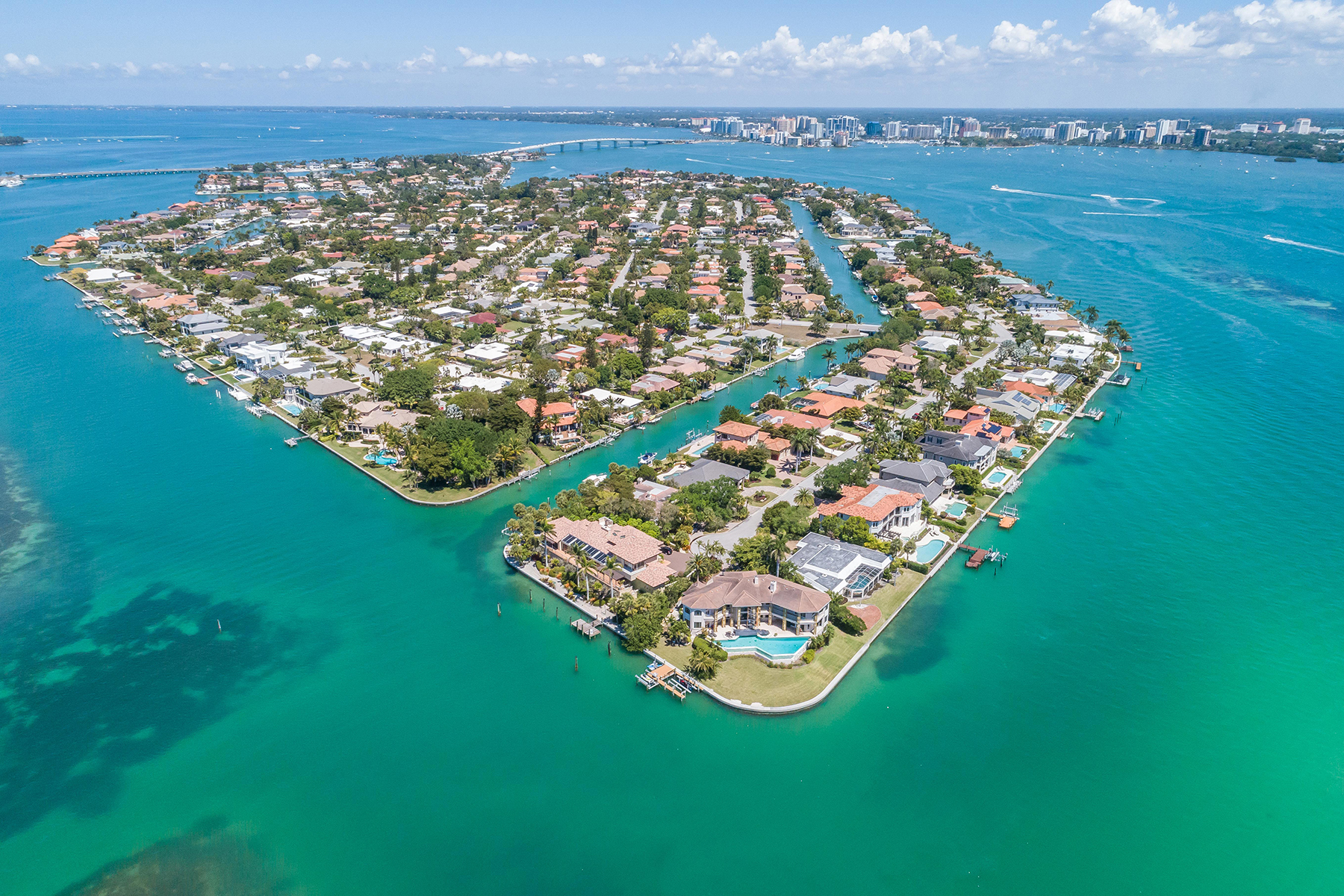 Single Family Home for Sale at 616 Mourning Dove Dr , Sarasota, FL 34236 616 Mourning Dove Dr, Sarasota, Florida 34236 United States