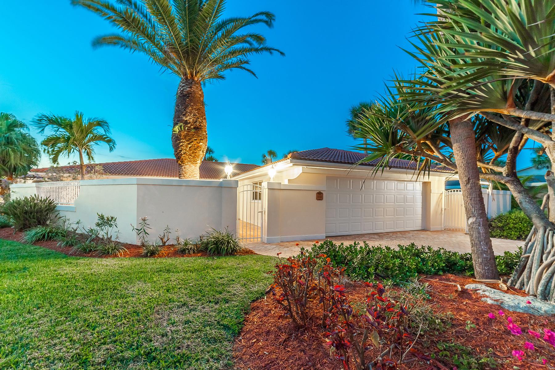 Casa Unifamiliar por un Venta en SOUTHPOINTE SHORES 1733 Little Pointe Cir Sarasota, Florida, 34231 Estados Unidos