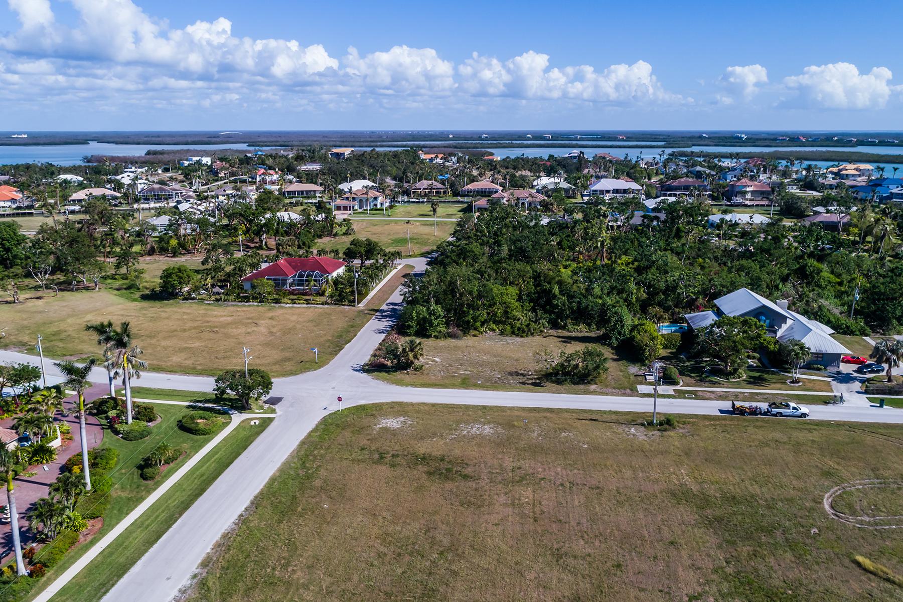 토지 용 매매 에 MARCO ISLAND 1001 Inlet Dr, Marco Island, 플로리다, 34145 미국