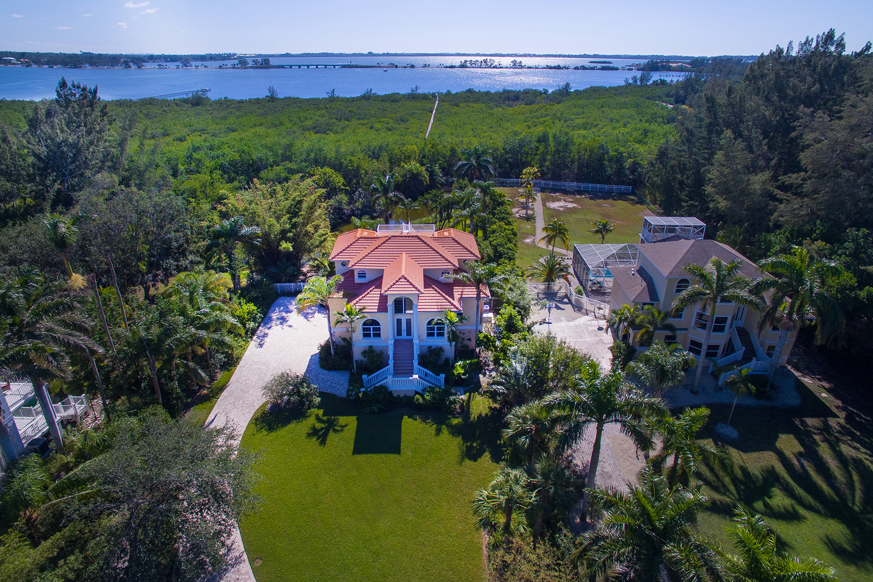 Single Family Home for Sale at PALMA SOLA BAY 9309 9th Ave NW, Bradenton, Florida, 34209 United States