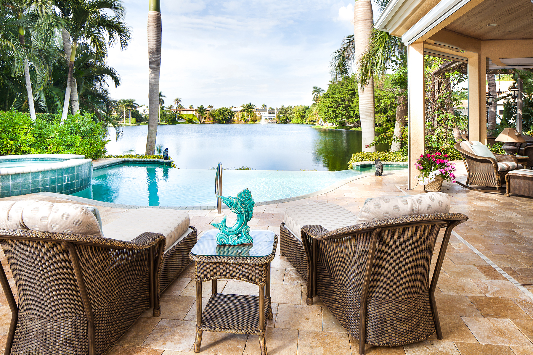 Single Family Home for Sale at Naples 531 8th Ave S, Naples, Florida 34102 United States