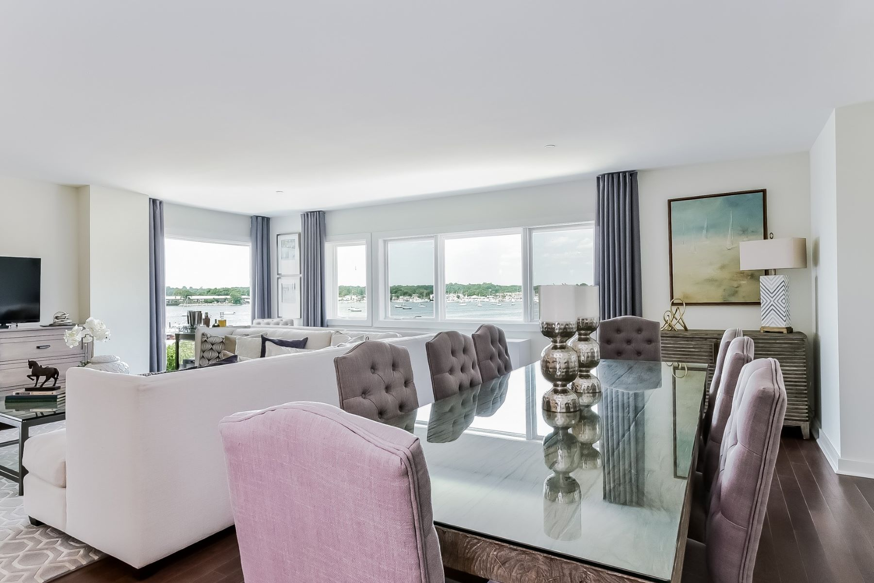Condominium for Active at 433 Main St 433 Main St 301 Port Washington, New York 11050 United States