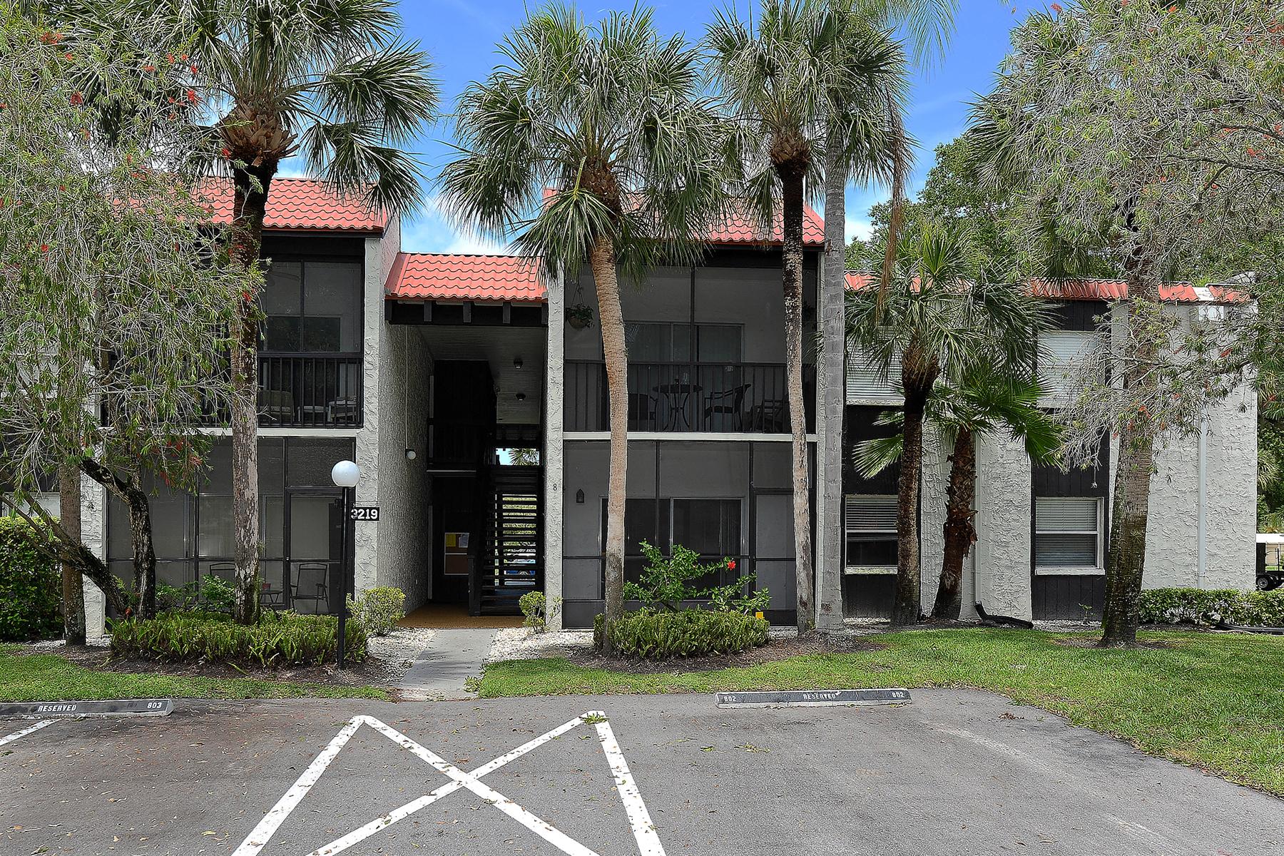 Condomínio para Venda às SARASOTA 3219 Beneva Rd 104 Sarasota, Florida, 34232 Estados Unidos