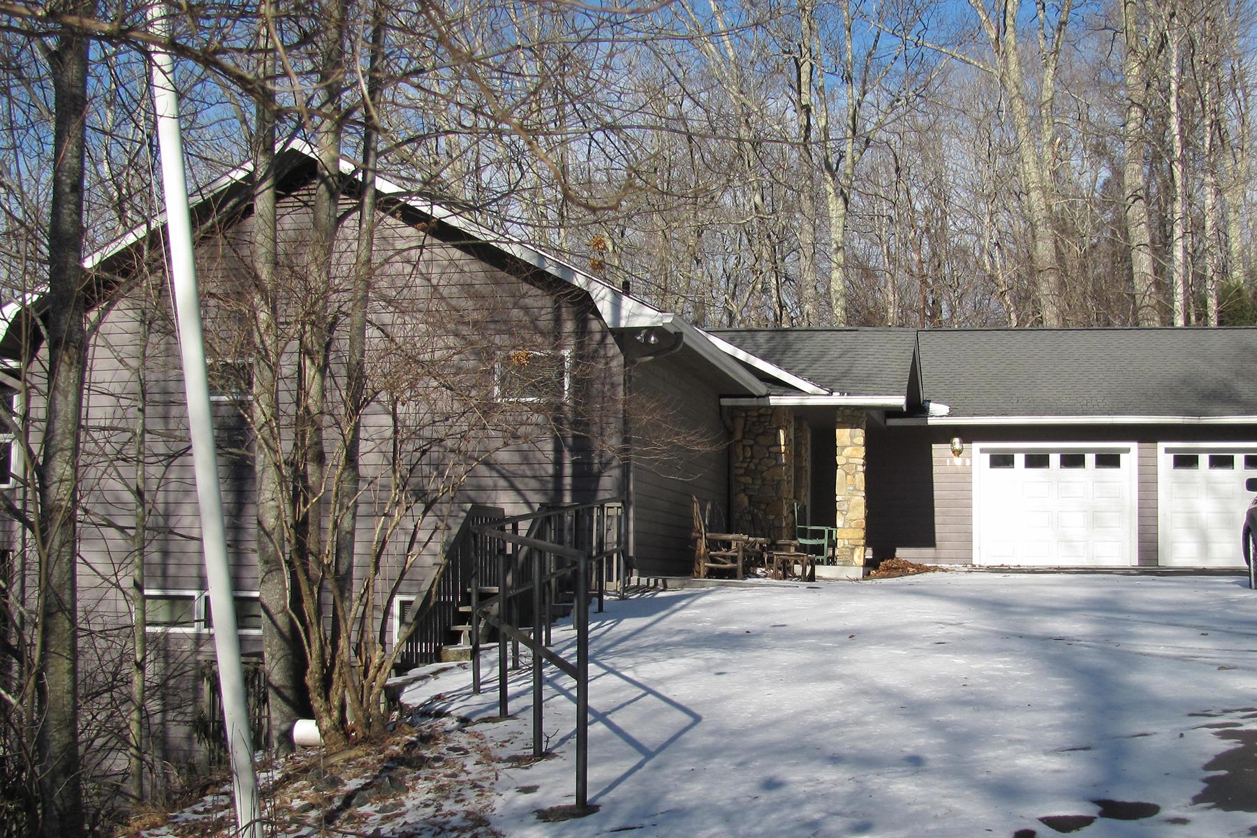 Single Family Home for Sale at BANNER ELK 193 Basswood Rd, Banner Elk, North Carolina 28604 United States
