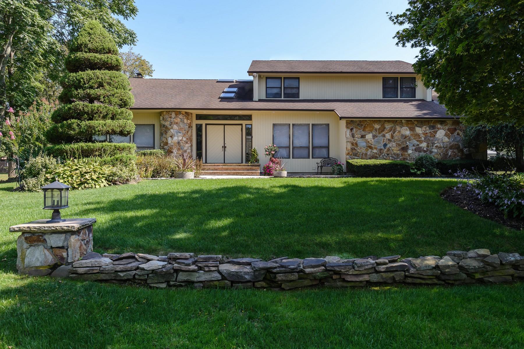 独户住宅 为 销售 在 70 Dalor Ct , Woodbury, NY 11797 伍德伯里, 纽约州, 11797 美国