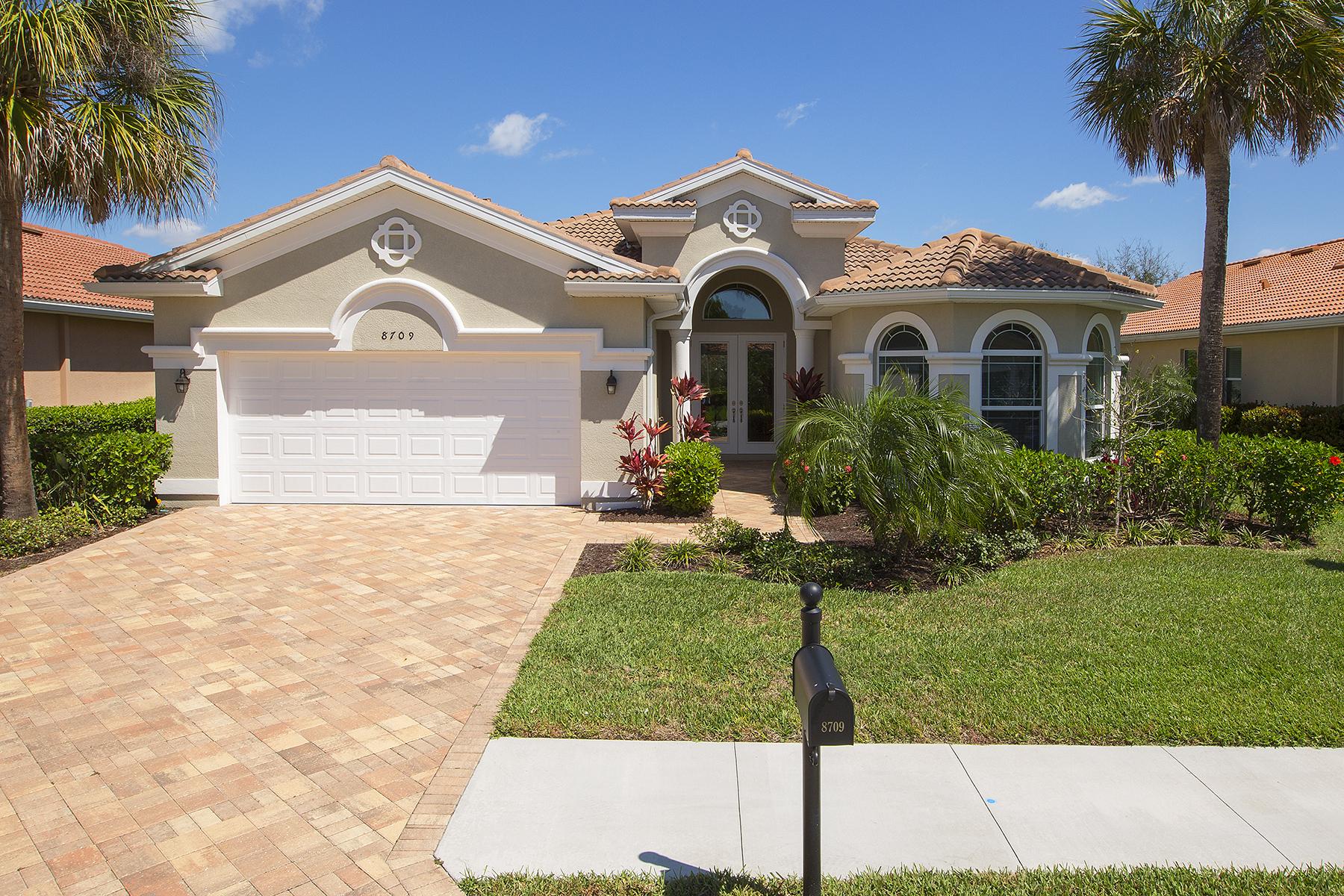 Maison unifamiliale pour l Vente à BELLE LAGO 8709 Largo Mar Dr Estero, Florida, 33967 États-Unis