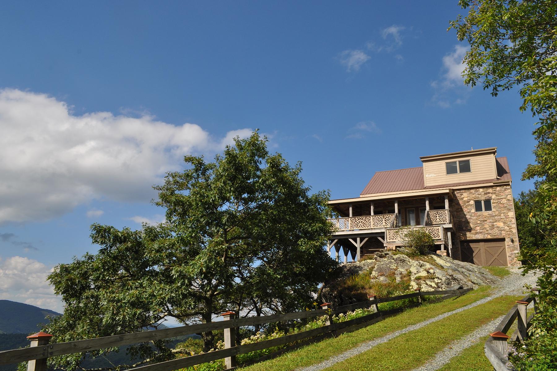 Maison unifamiliale pour l Vente à SEVEN DEVILS 155 Divine View Court Banner Elk, Carolina Du Nord, 28604 États-Unis