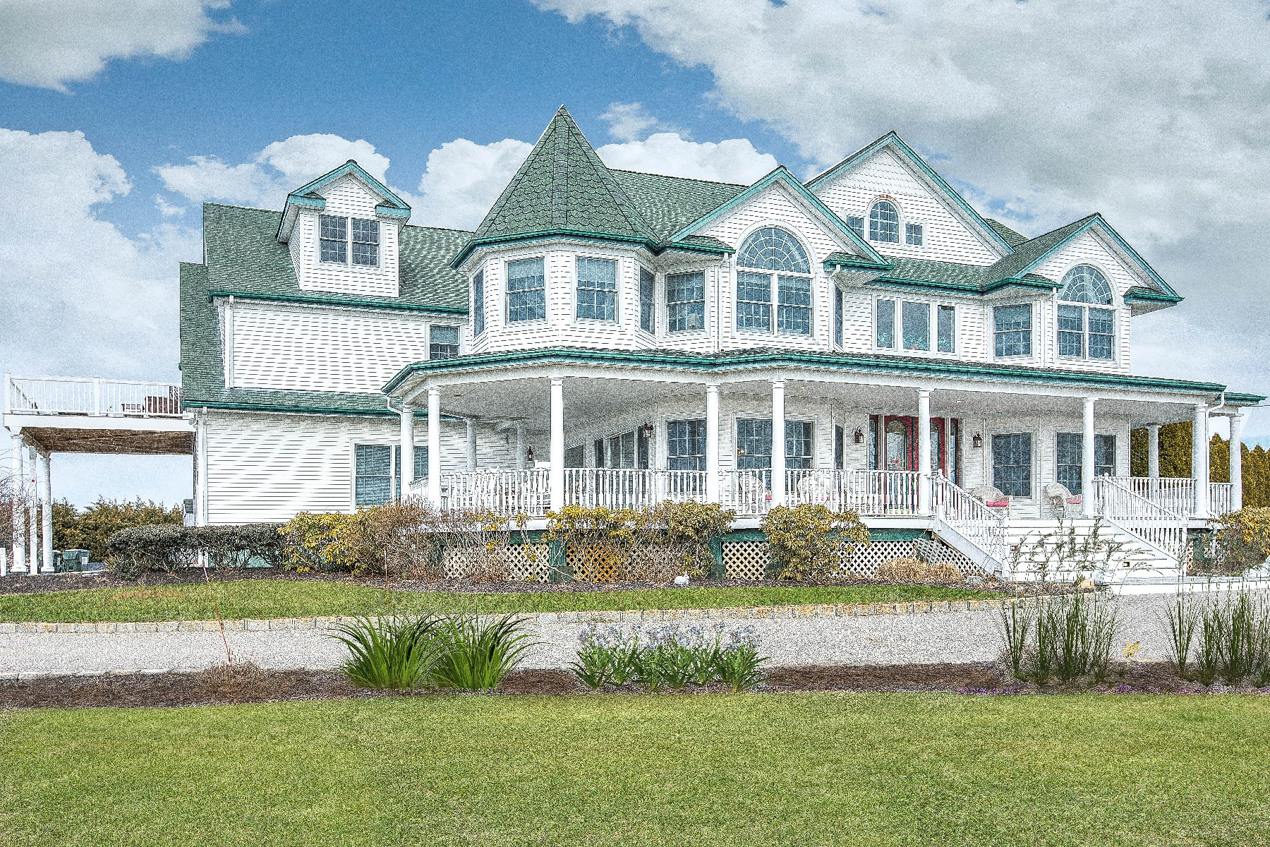 Single Family Home for Sale at 57 S Bay Ave , Eastport, NY 11941 Eastport, New York, 11941 United States