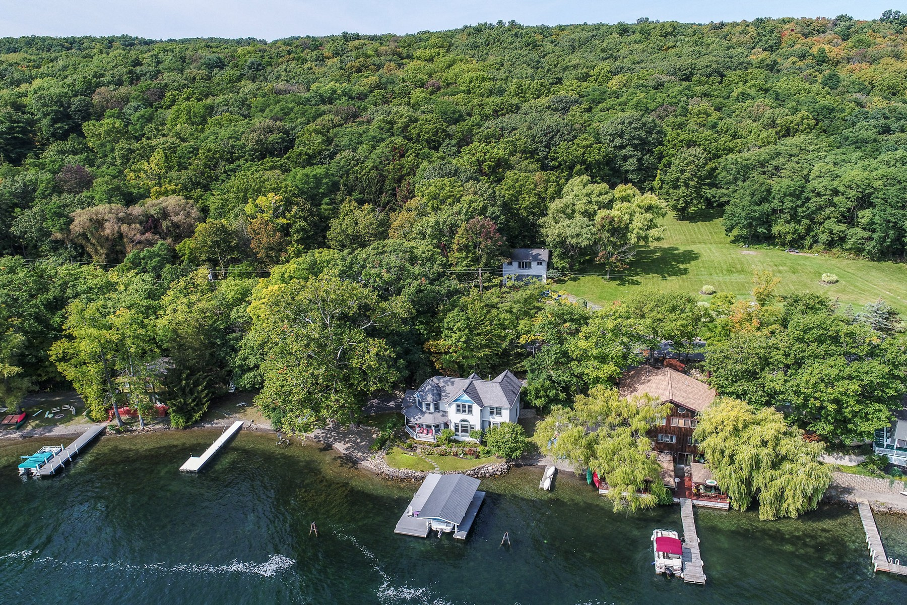 Additional photo for property listing at Lovely Painted Lady on Keuka Lake 6909 E Bluff Dr Penn Yan, New York 14527 United States