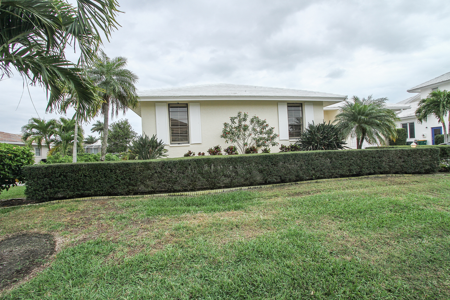 Single Family Home for Rent at MARCO BEACH 520 Tigertail Ct, Marco Island, Florida 34145 United States