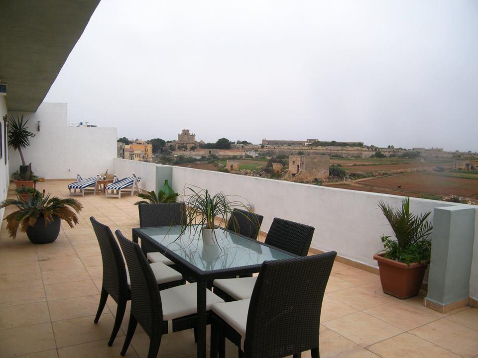 Apartamento por un Venta en Furnished Penthouse Zabbar, Malta