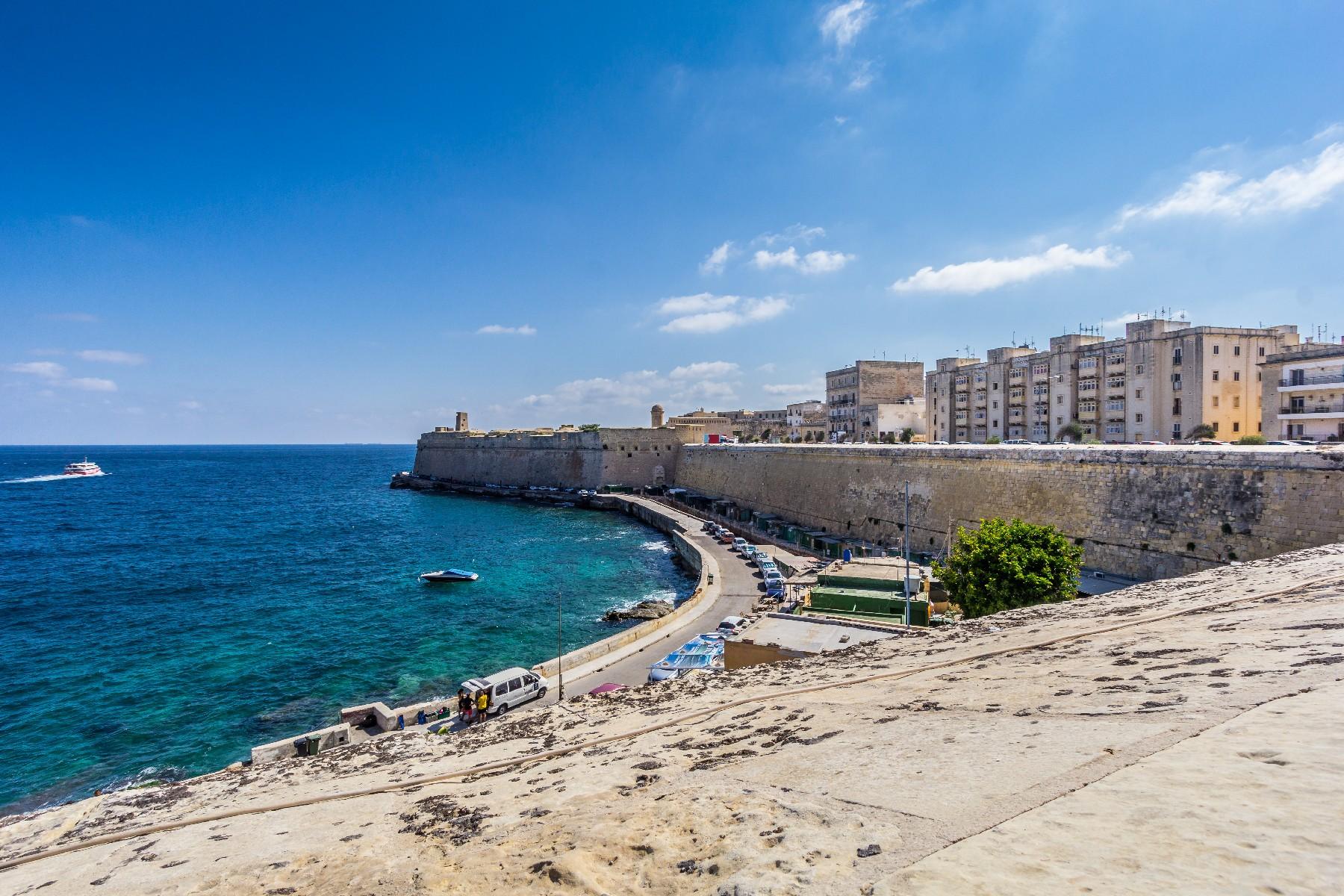 Single Family Home for Sale at Palazzo Valletta, Malta
