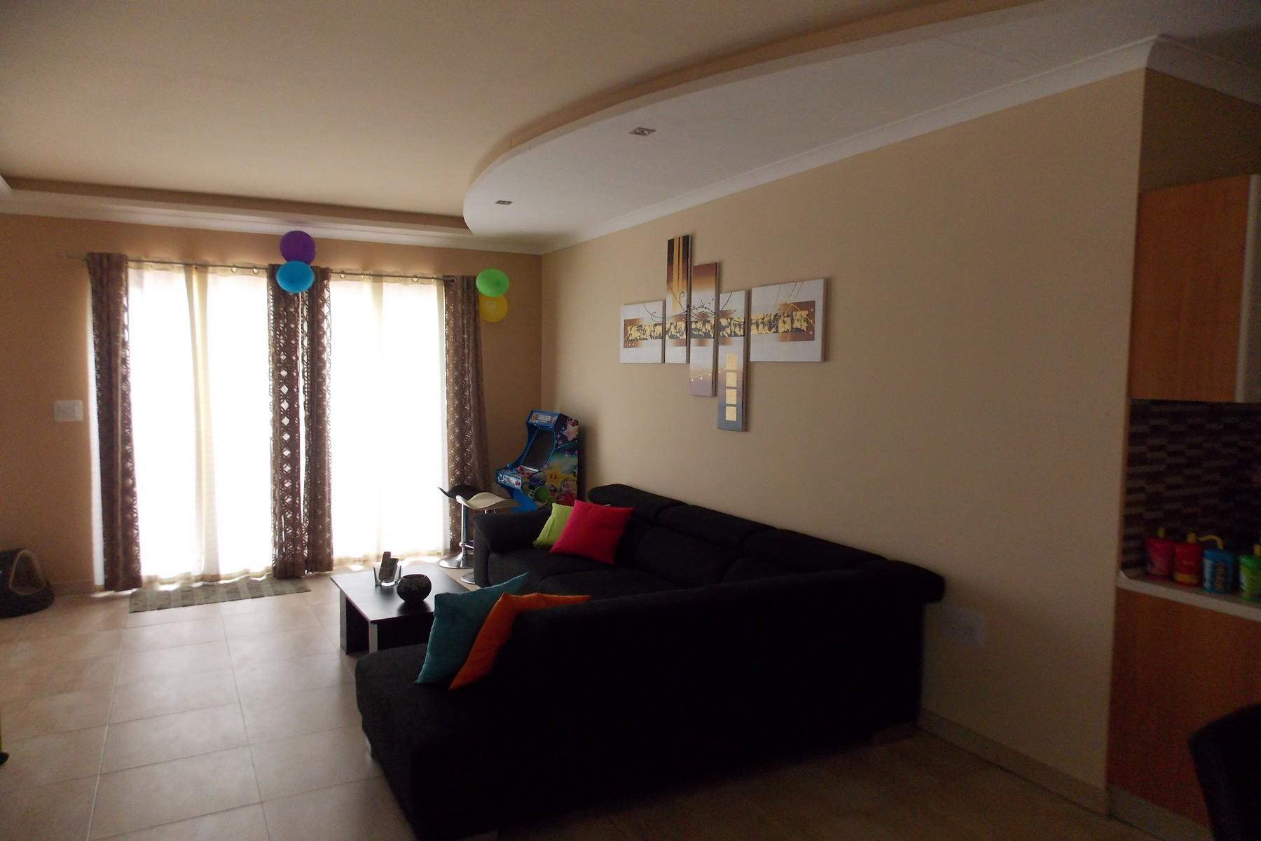 Apartamento por un Venta en Penthouse Zabbar, Malta