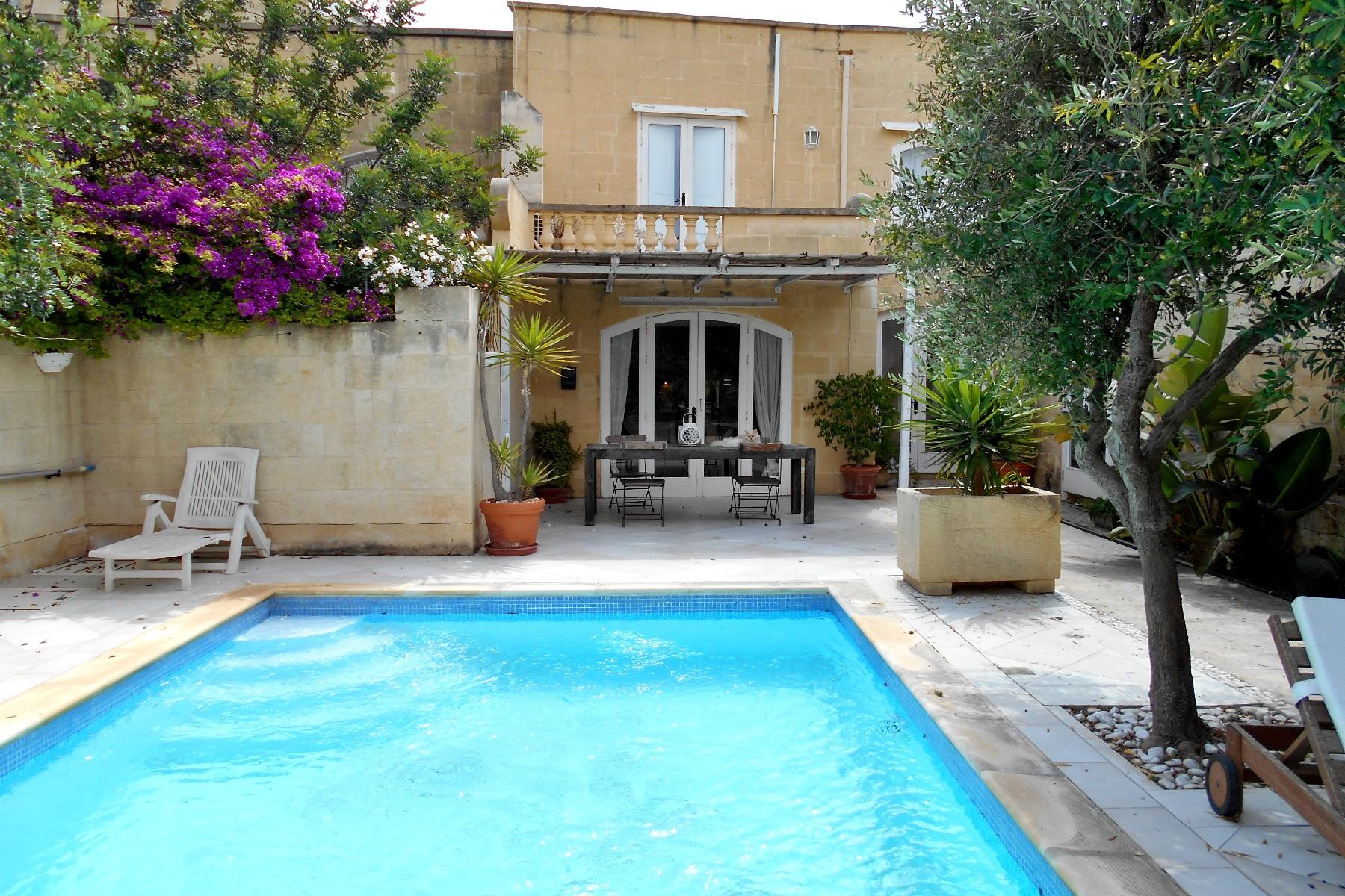 Otras residenciales por un Alquiler en House Of Character Munxar, Malta