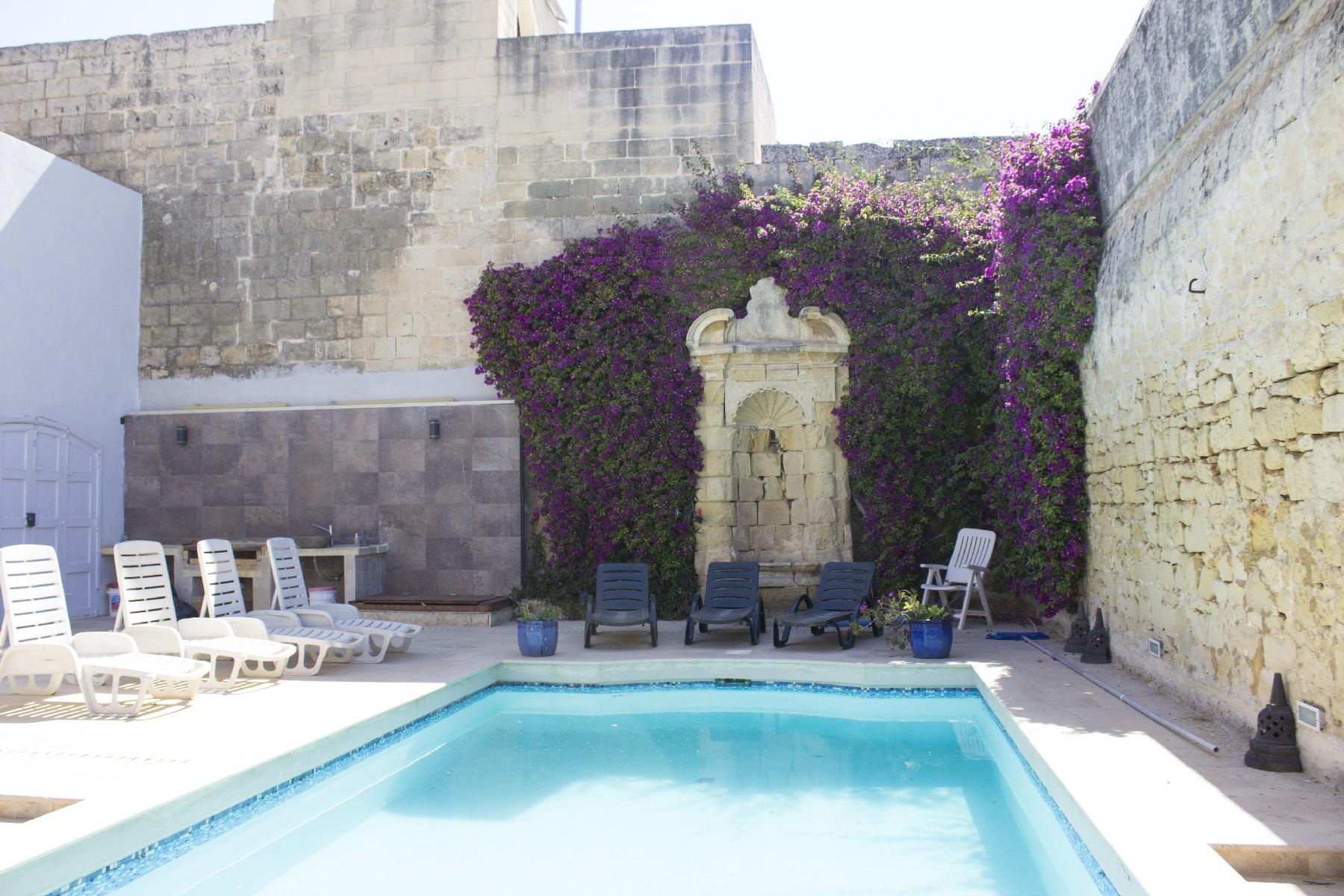 Частный односемейный дом для того Продажа на Renovated Palazzo Zebbug, Мальта