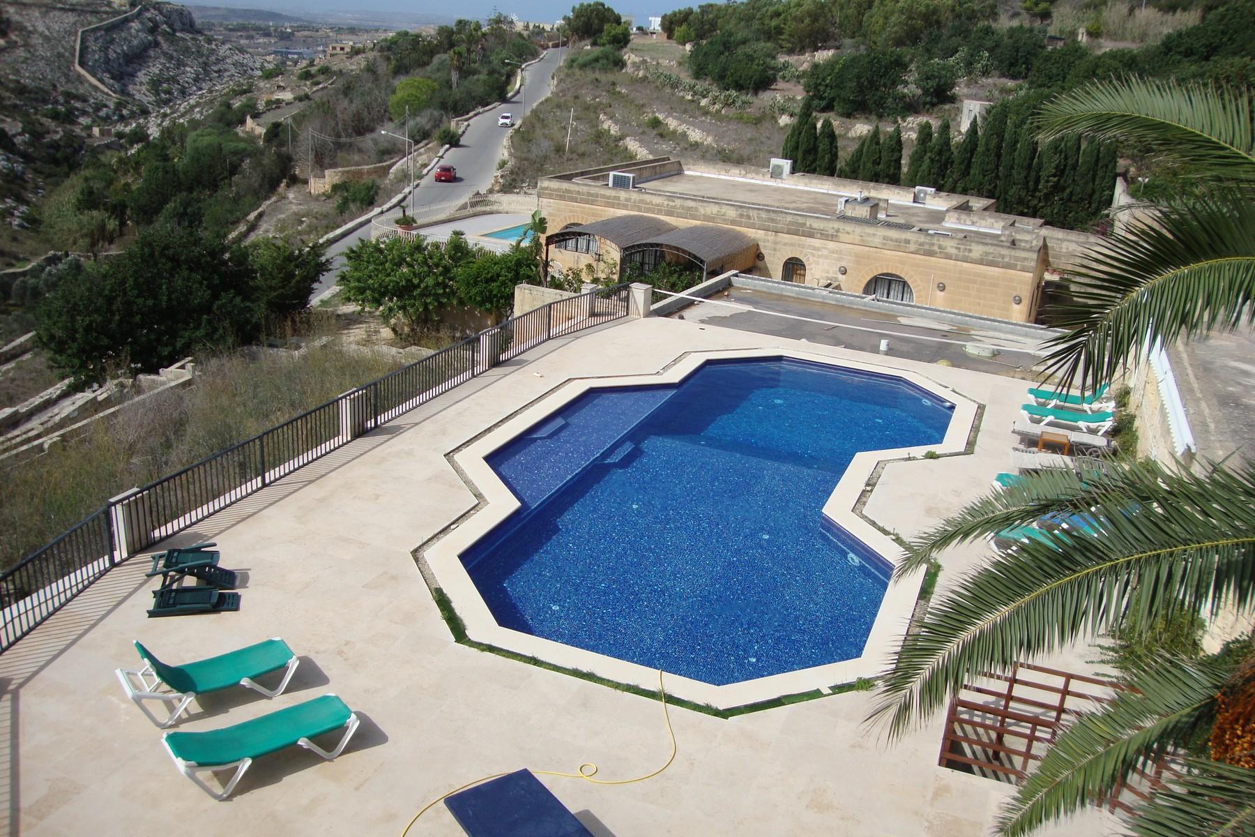 Vivienda unifamiliar por un Venta en Fully Detached Villa Madliena, Malta Malta