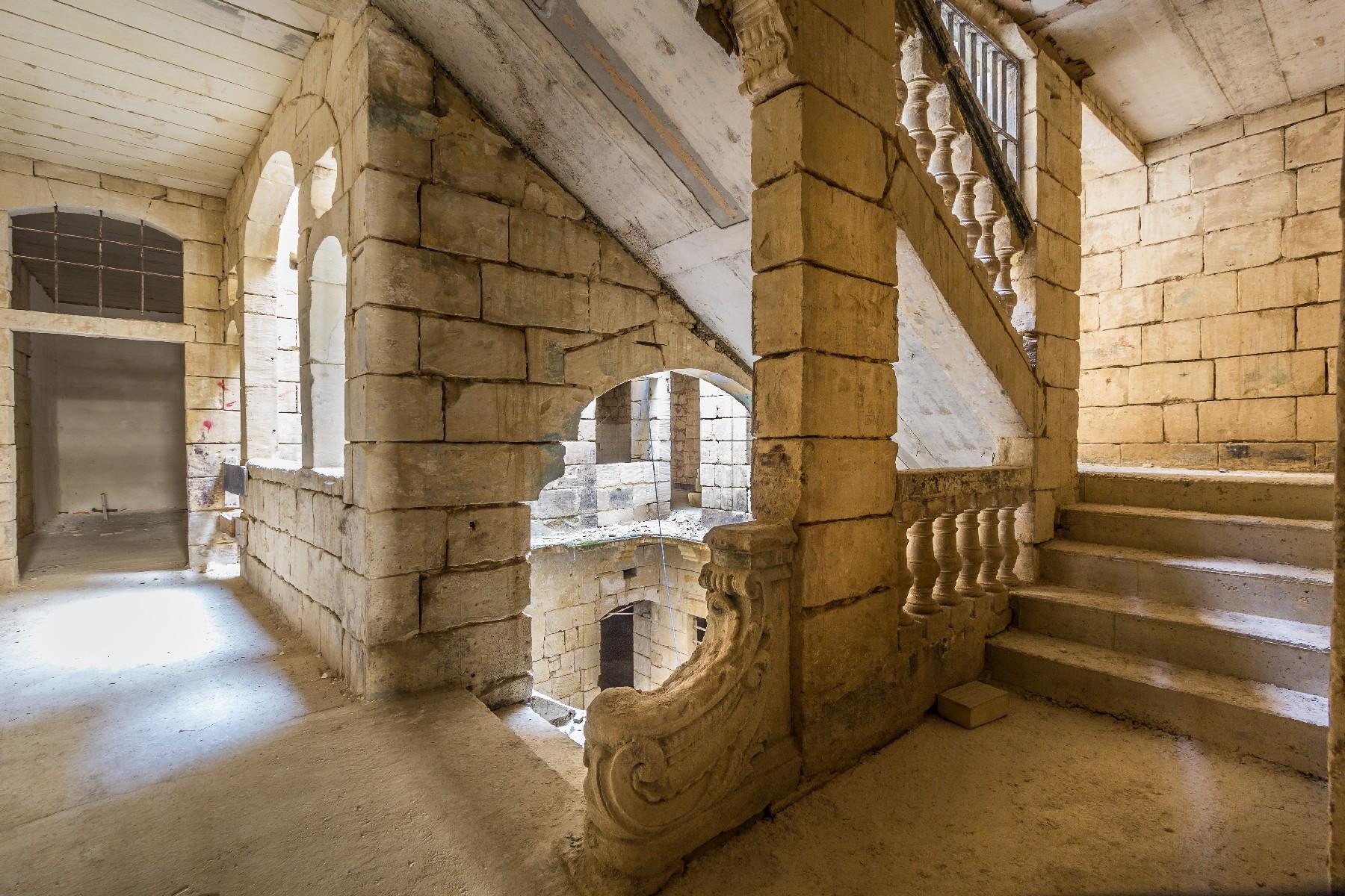 Single Family Home for Sale at Unconverted Palazzo Valletta, Malta