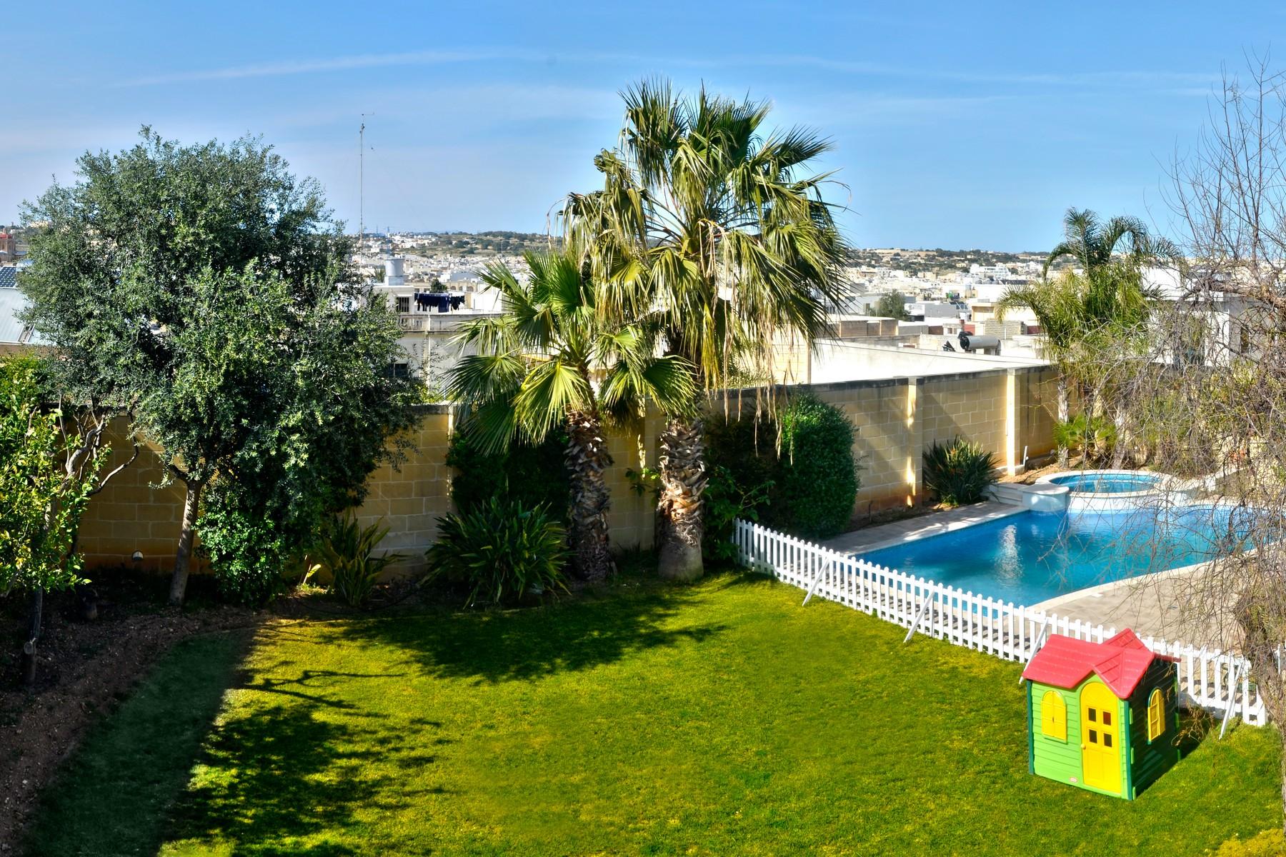 一戸建て のために 売買 アット Semi Detached Villa Balzan Balzan, マルタ