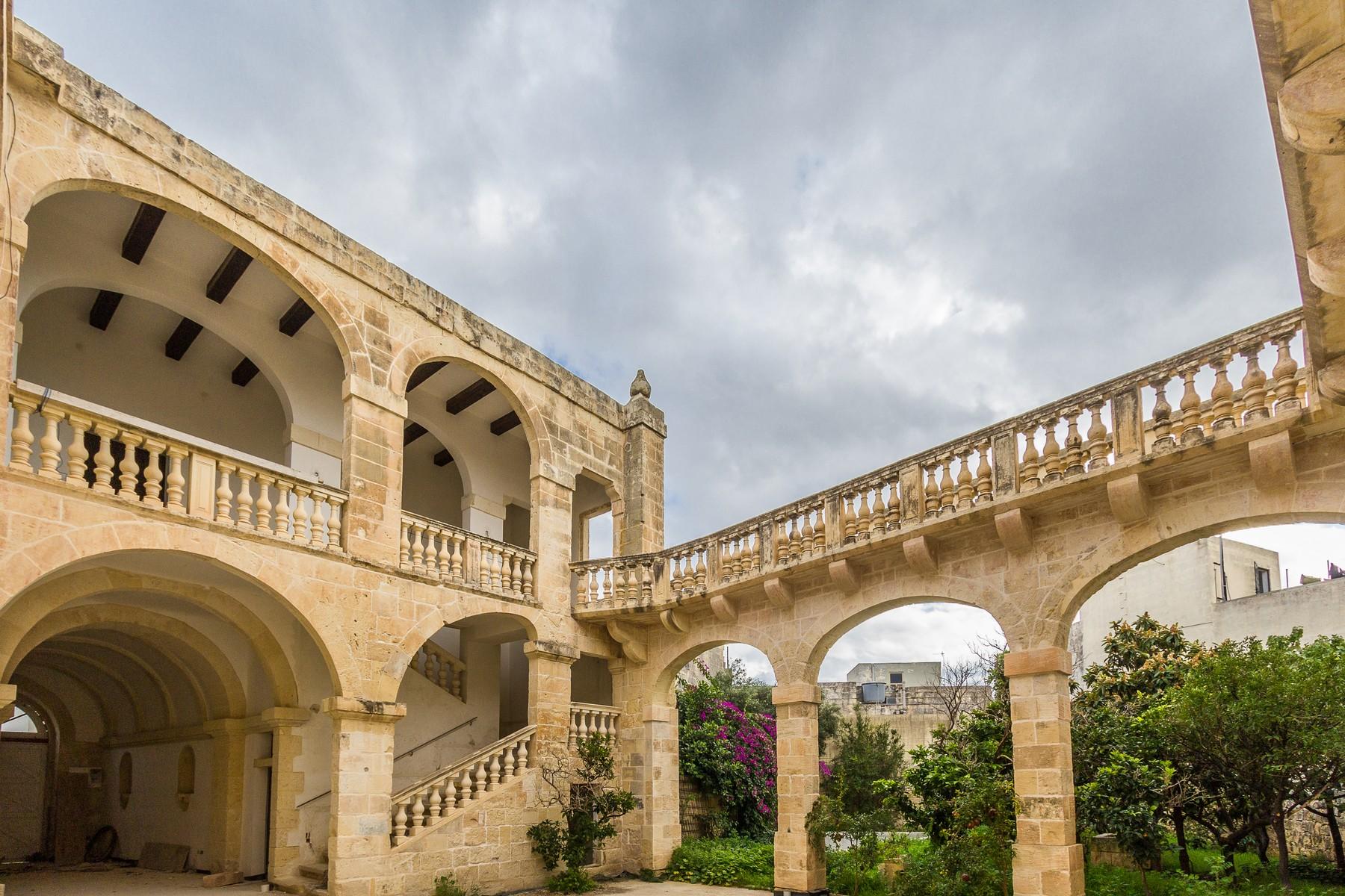 واحد منزل الأسرة للـ Sale في Advanced Shell Palazzo Balzan, Malta
