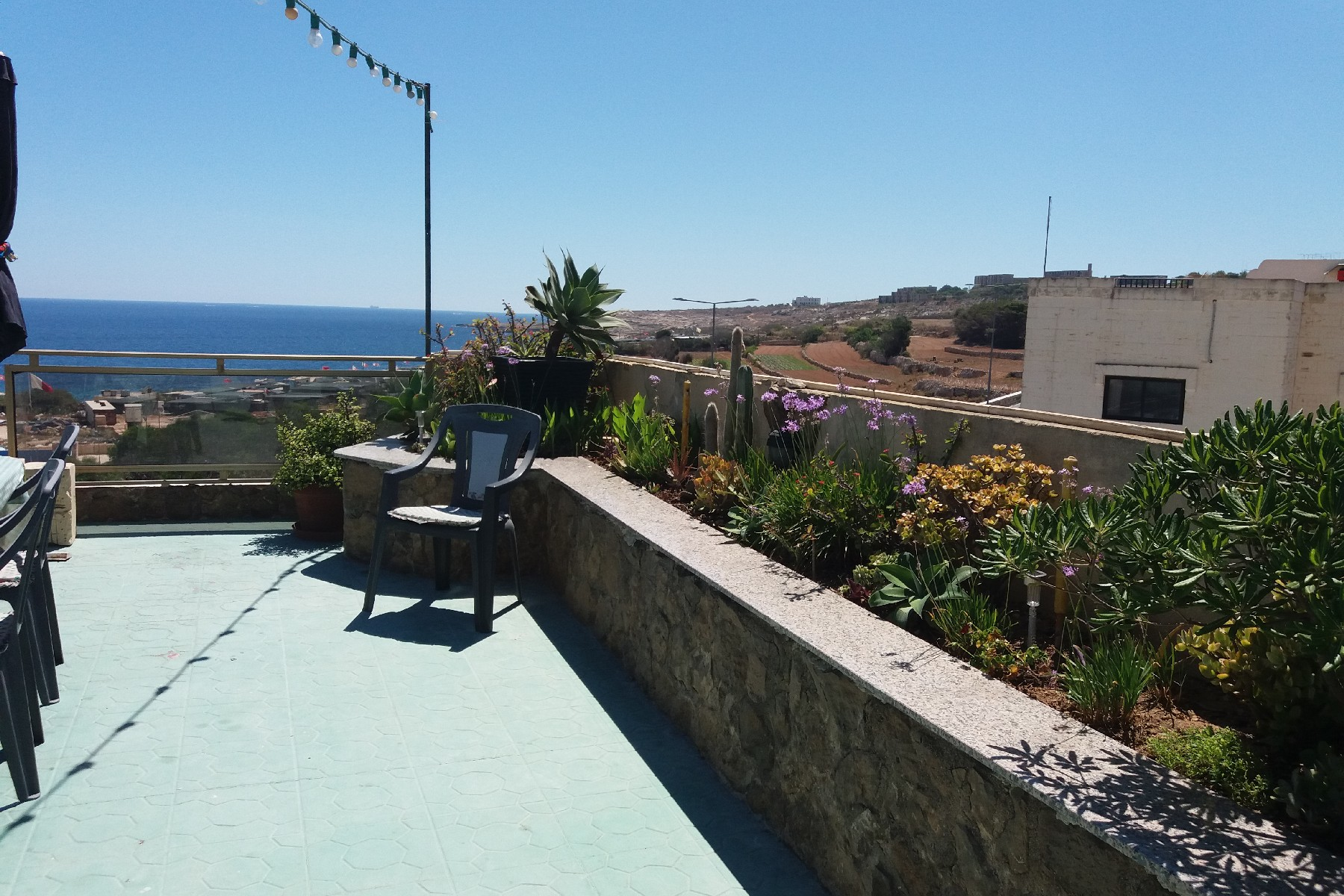 شقة للـ Sale في Seafront Duplex Apartment Bahar ic Caghaq, Malta