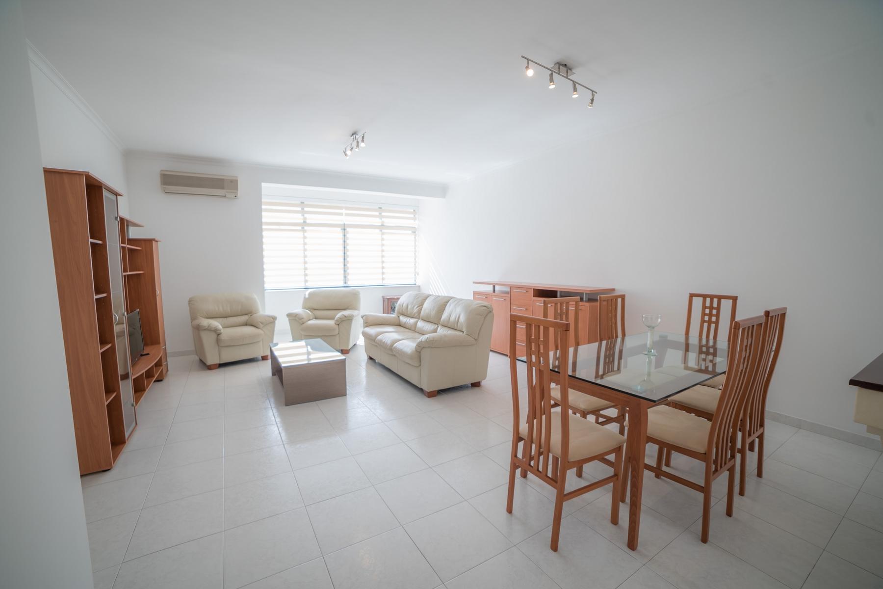 Квартира для того Аренда на Furnished Apartment Ibragg, Мальта