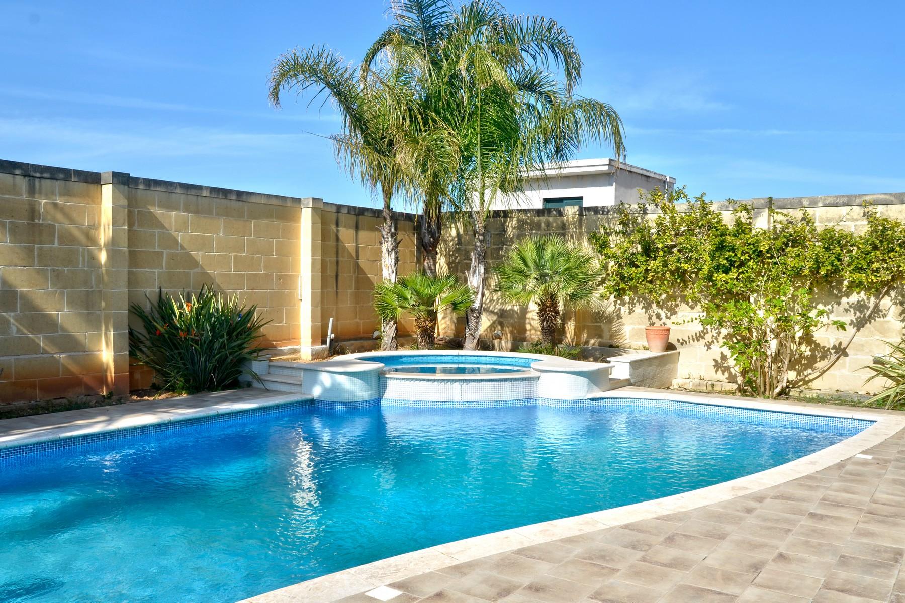 Частный односемейный дом для того Аренда на Semi Detached Villa Balzan Balzan, Мальта
