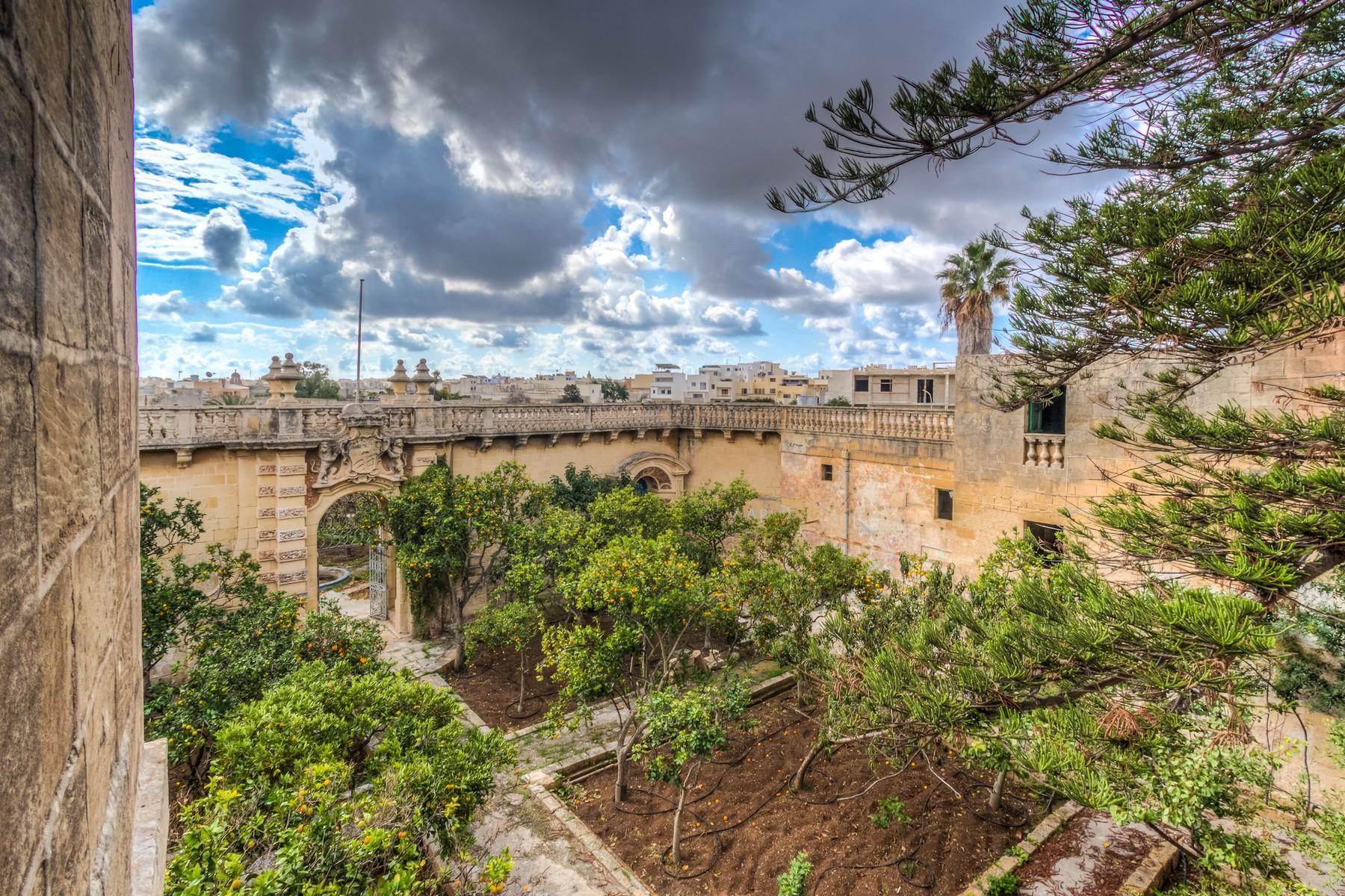 Single Family Home for Sale at Palazzo Zebbug, Malta