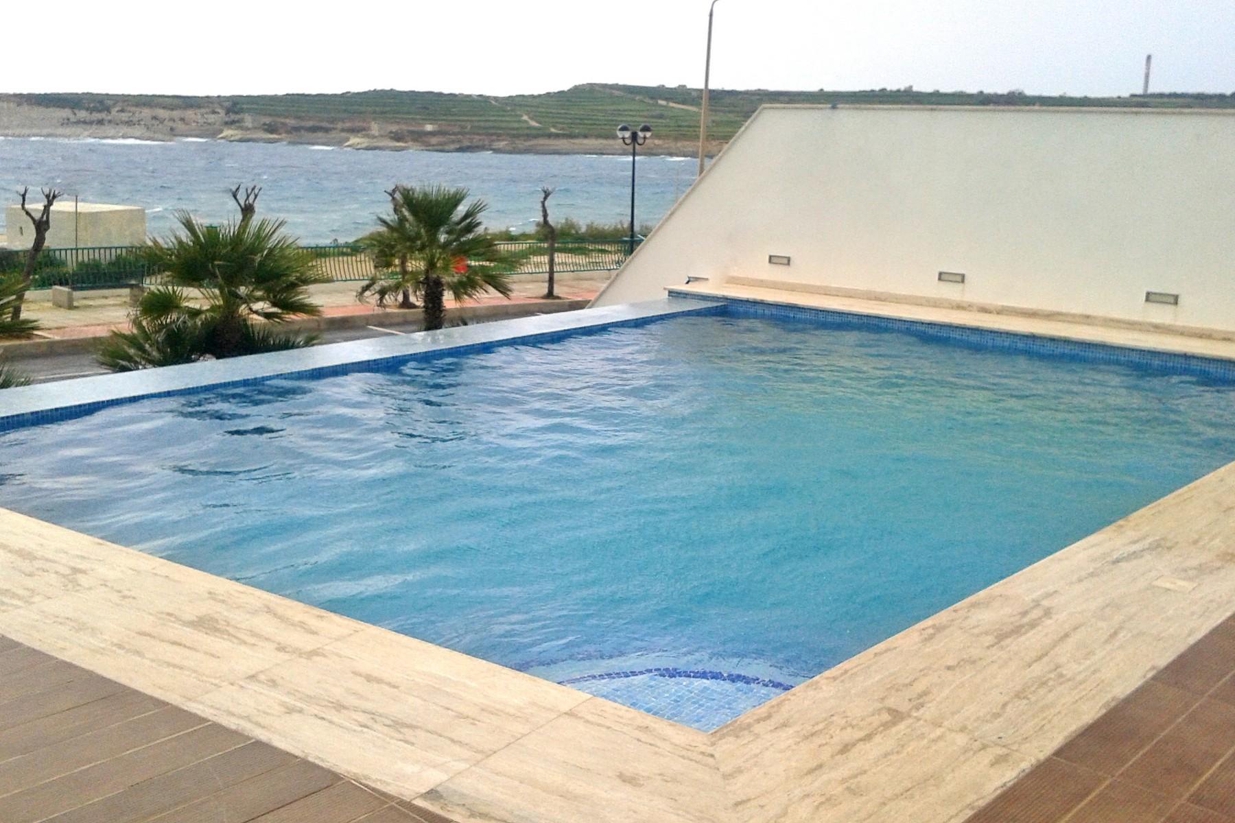 独户住宅 为 销售 在 Seafront Luxury Villa Marsascala, 马尔他