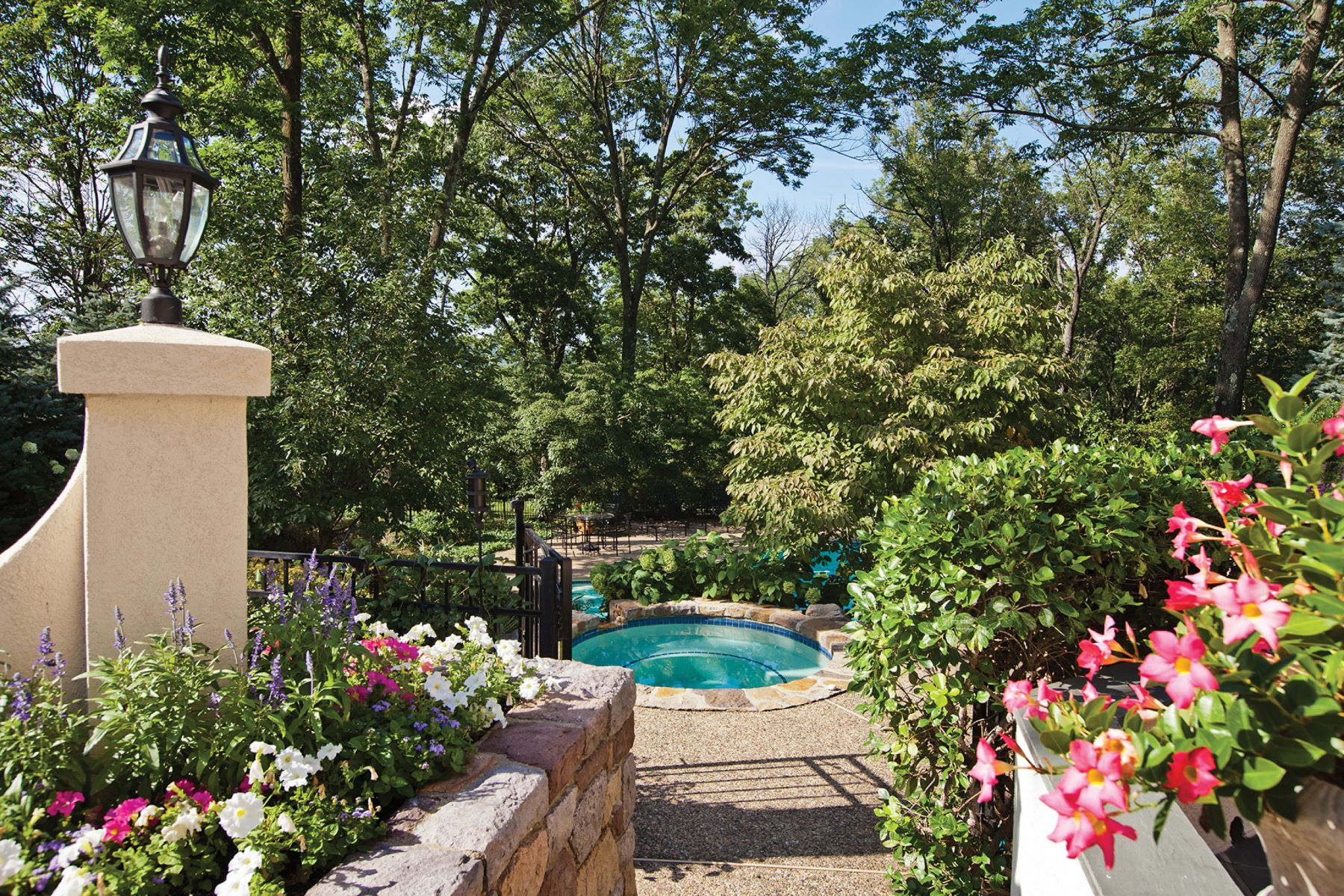 Additional photo for property listing at French Manor Home 55 MAHER LN, Upper Makefield Township, Pennsylvania 18940 Estados Unidos