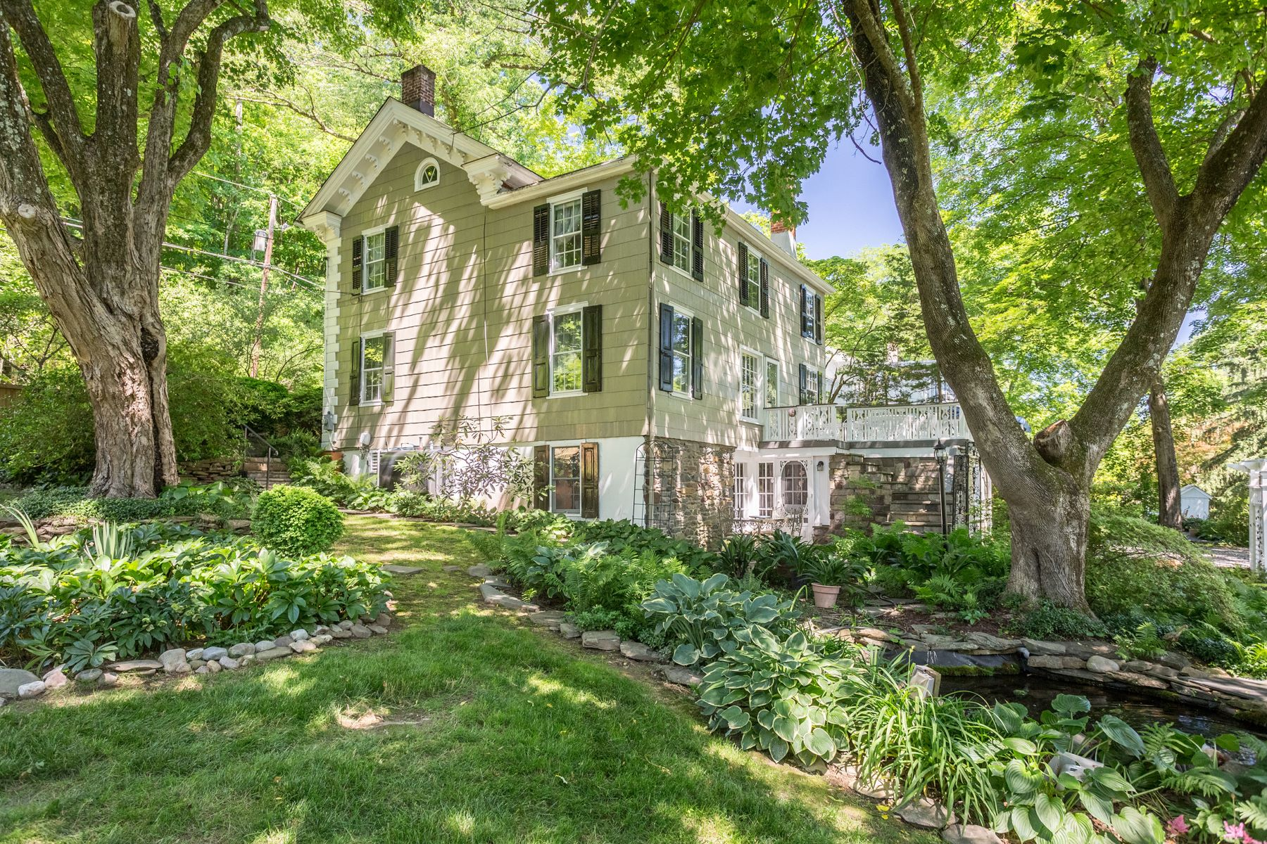 Single Family Homes for Sale at 100 RIVER RD Pipersville, Pennsylvania 18947 United States
