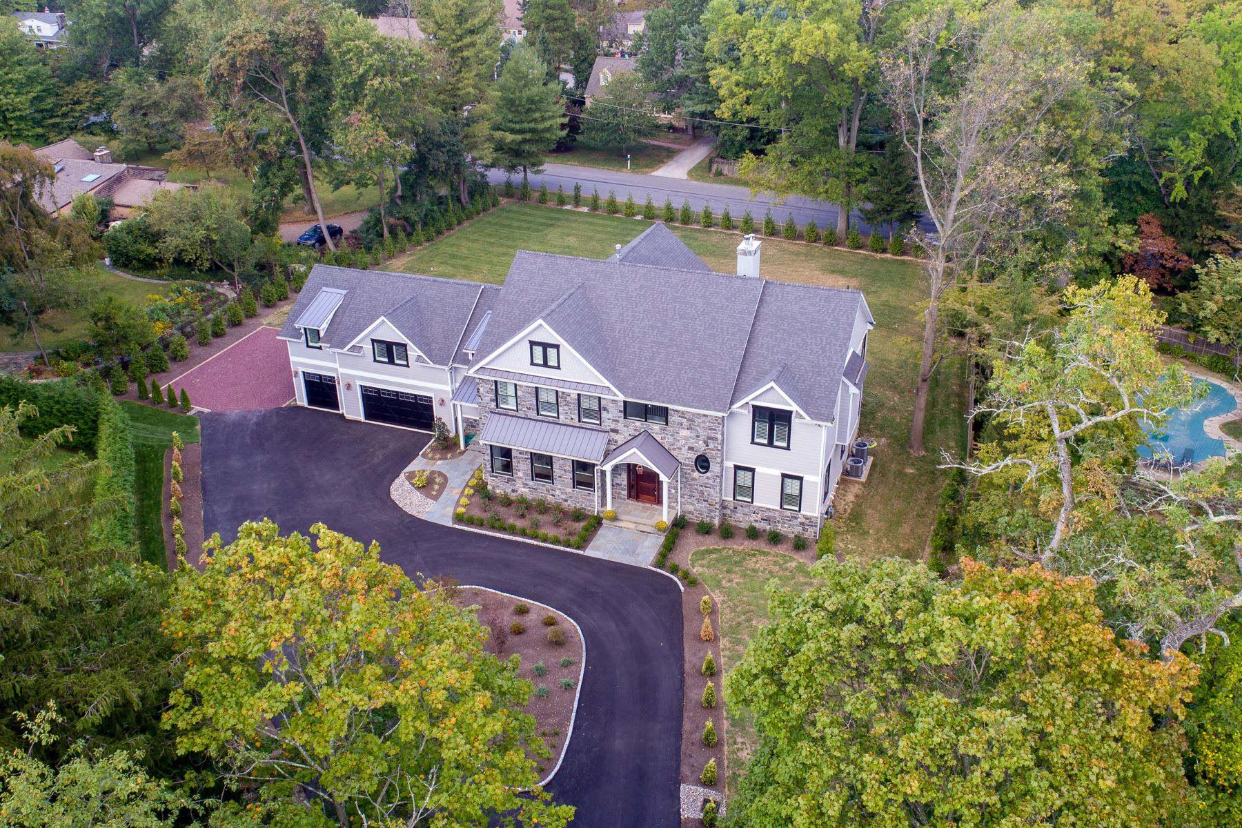 Single Family Homes for Sale at 136 TUNBRIDGE CIR Haverford, Pennsylvania 19041 United States