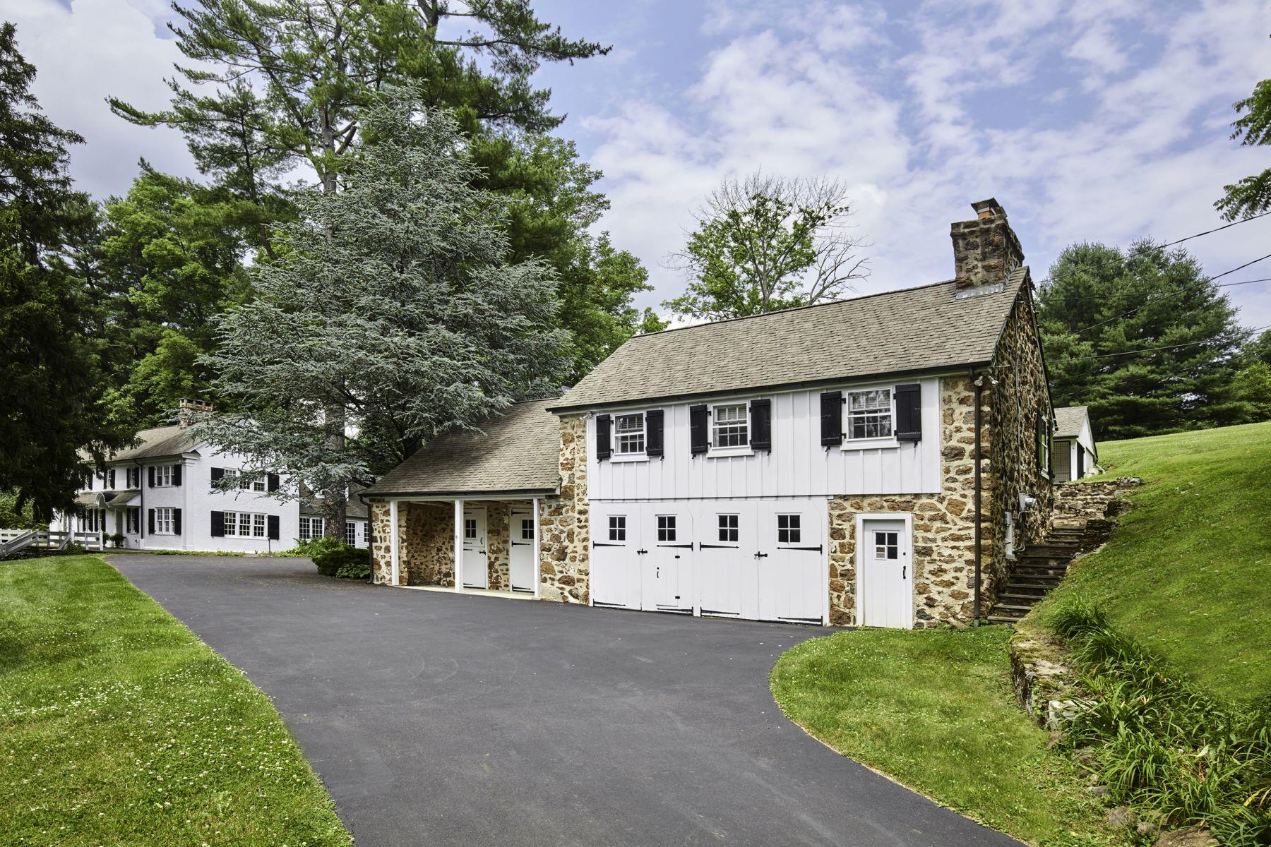 Casa Unifamiliar por un Venta en Fabulous Restored Residence 2424 GRUBBS MILL RD, Berwyn, Pennsylvania, 19312 Estados Unidos