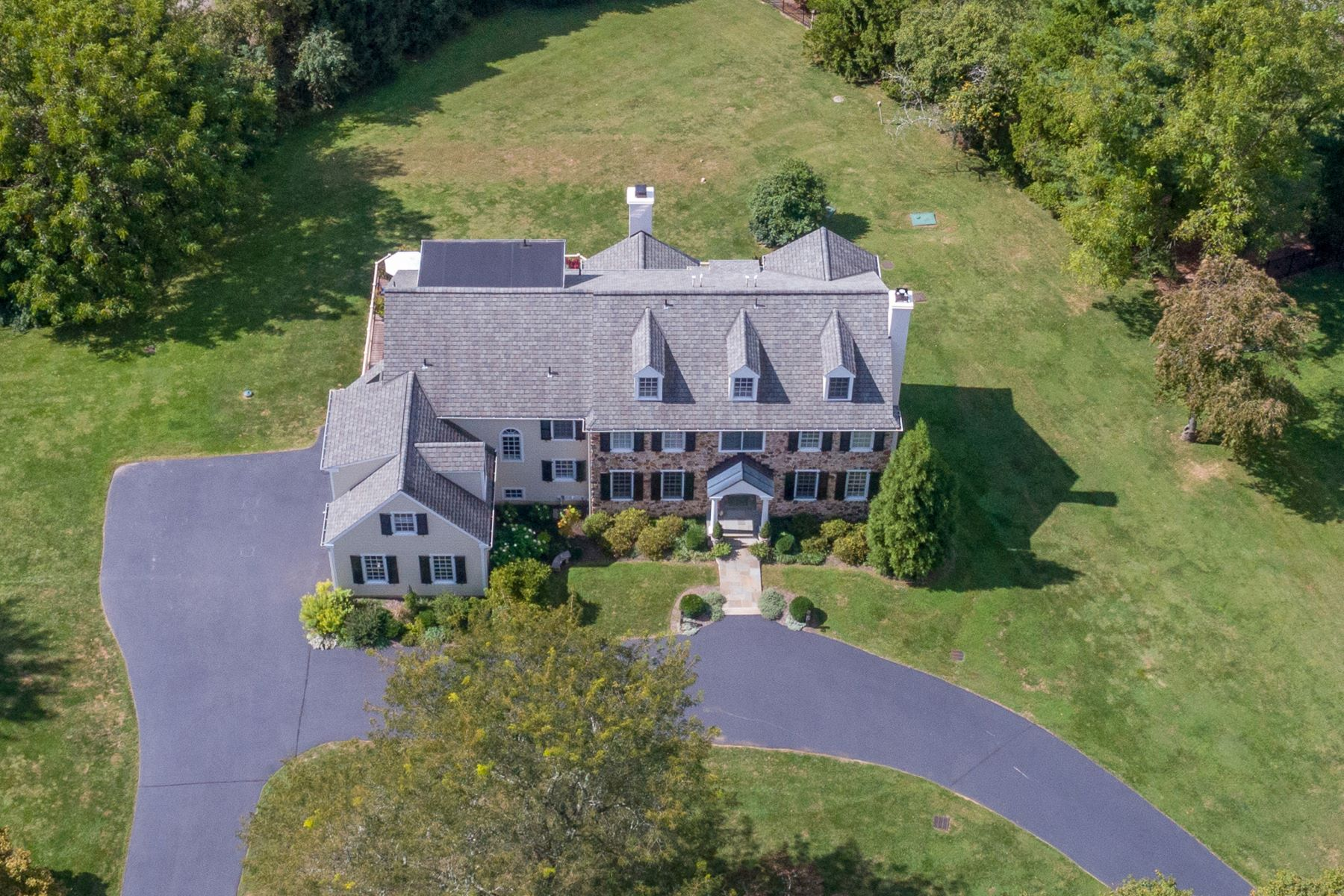 Single Family Homes por un Venta en 7 DUNMINNING RD Newtown Square, Pennsylvania 19073 Estados Unidos
