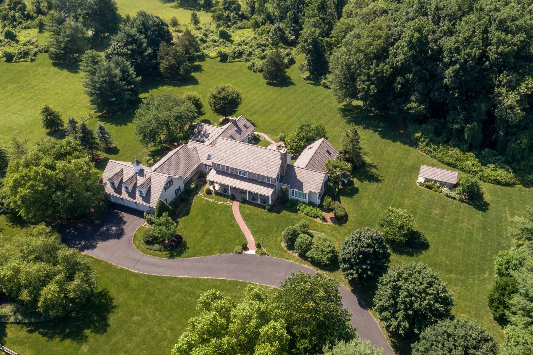 独户住宅 为 销售 在 6281 Meetinghouse Rd 新希望镇, 宾夕法尼亚州 18938 美国